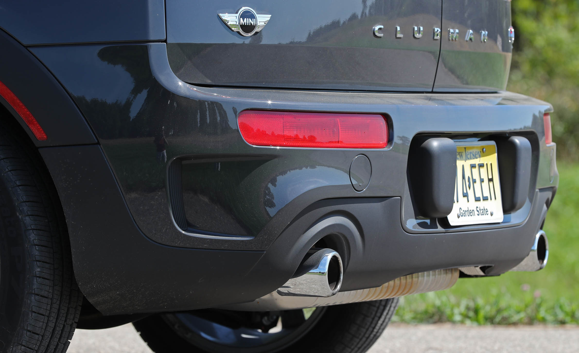 2017 Mini Cooper S ALL4 Clubman Exterior View Rear Bumper (Photo 14 of 29)