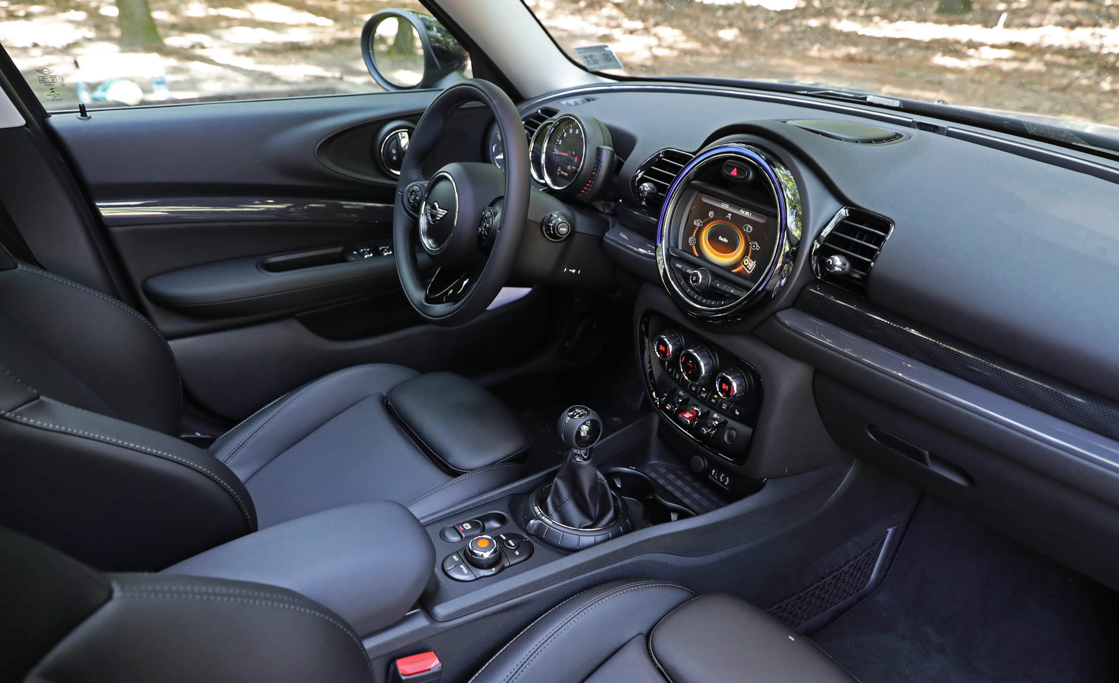 2017 Mini Cooper S ALL4 Clubman Interior Dashboard (Photo 17 of 29)