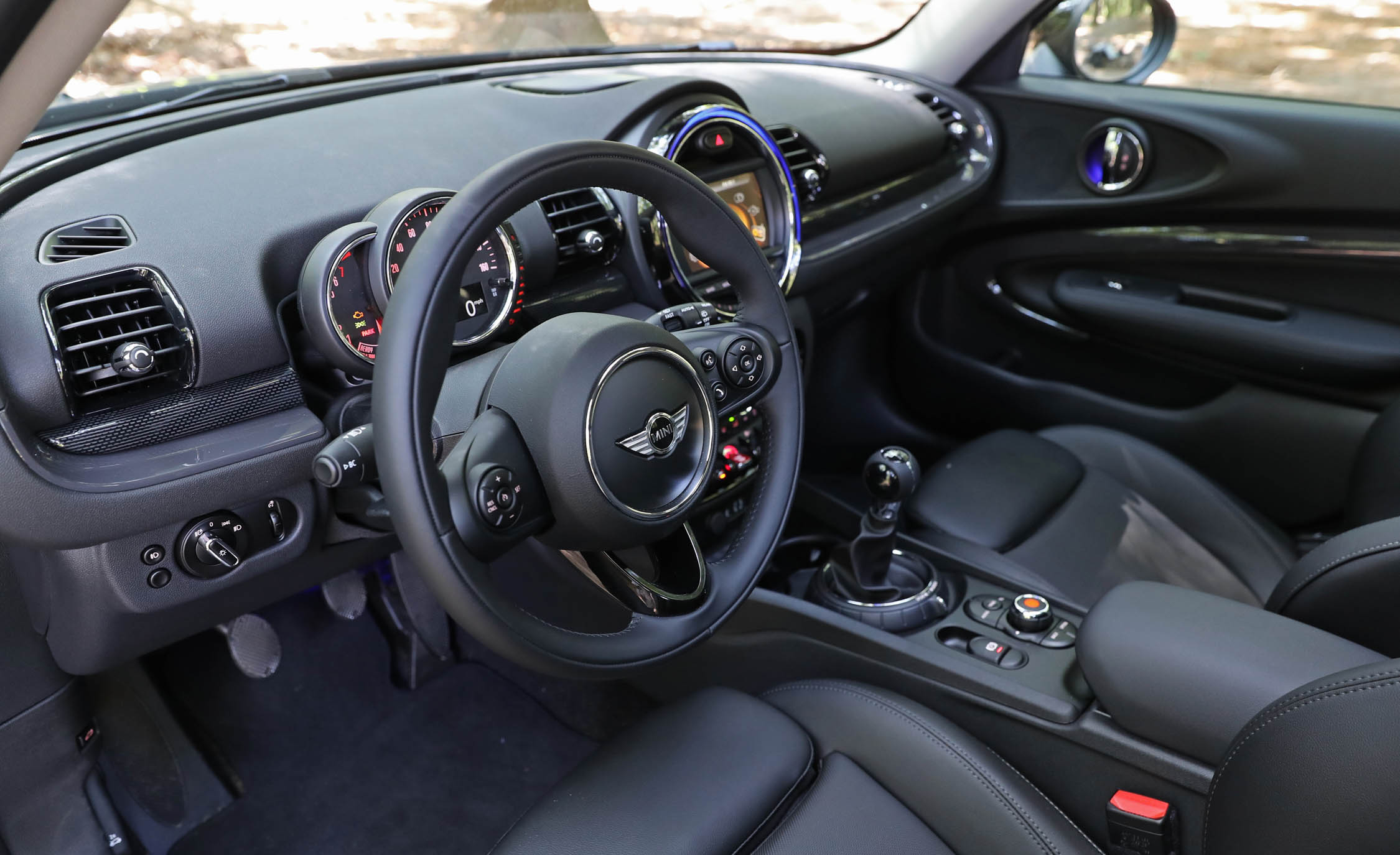2017 Mini Cooper S ALL4 Clubman Interior Seats Front (Photo 19 of 29)