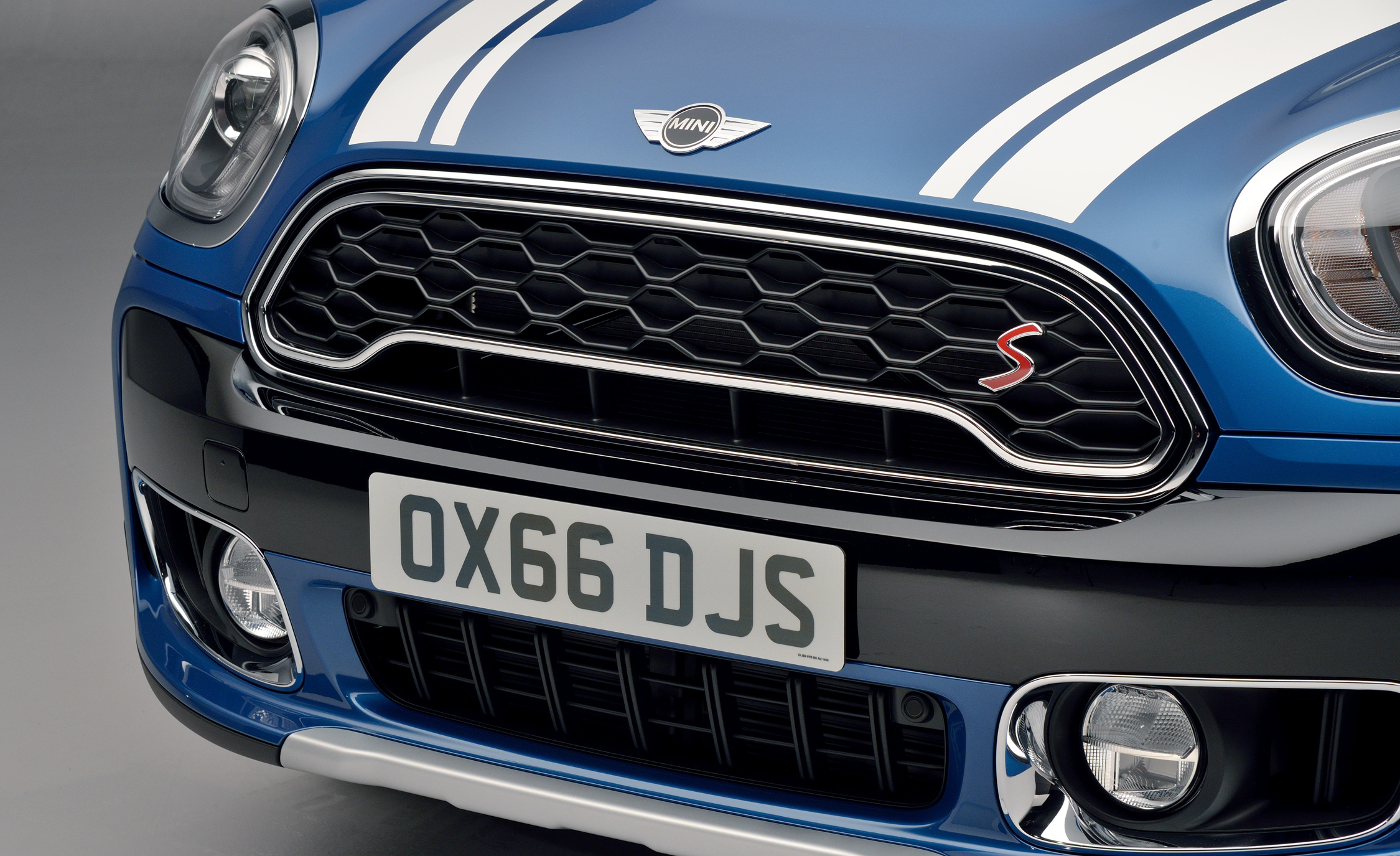 2017 Mini Cooper S Countryman Exterior View Front Bumper And Grille (Photo 9 of 61)
