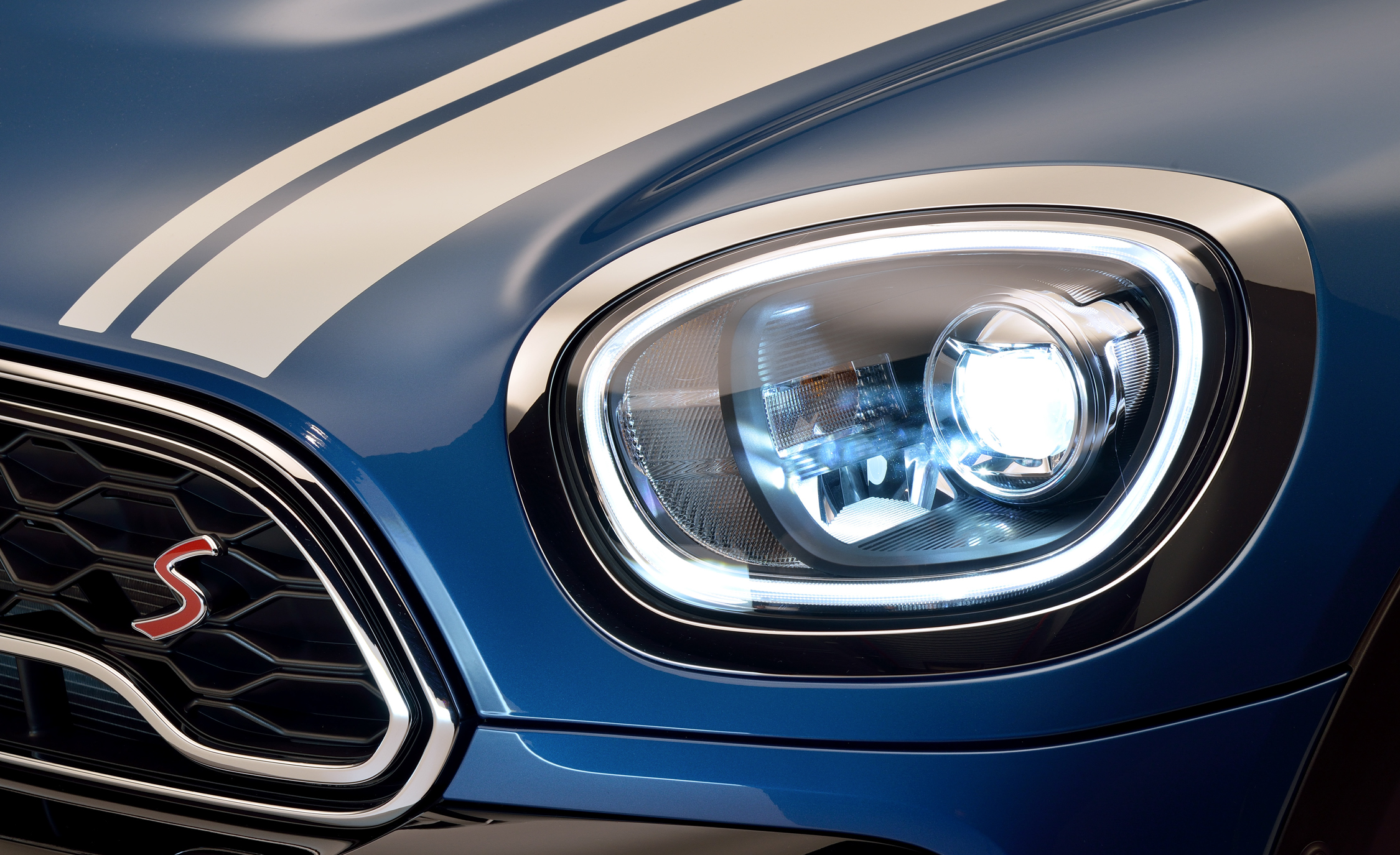 2017 Mini Cooper S Countryman Exterior View Headlight (Photo 10 of 61)