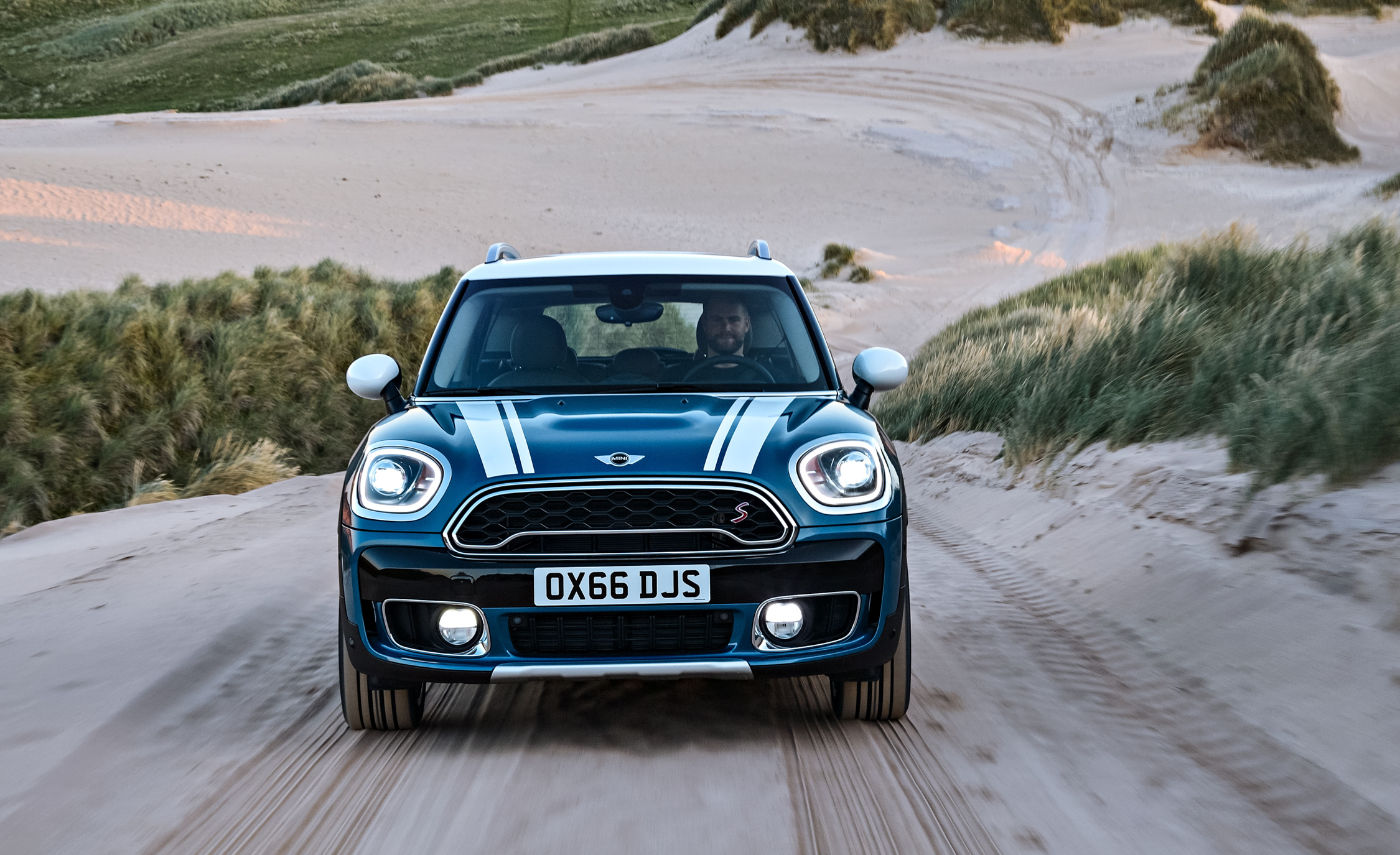 2017 Mini Cooper S Countryman Test Drive Front End (Photo 16 of 61)