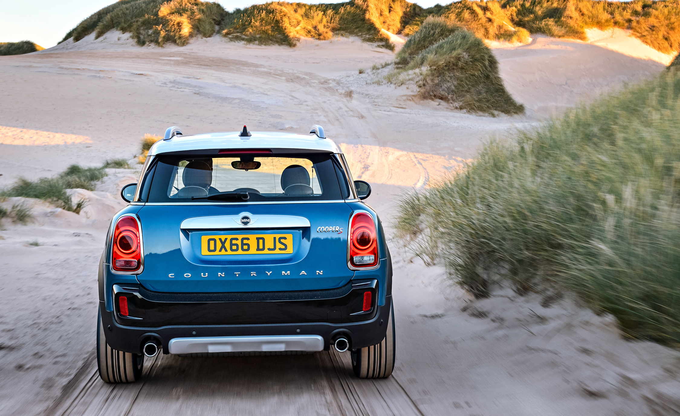 2017 Mini Cooper S Countryman Test Drive Rear End (Photo 19 of 61)