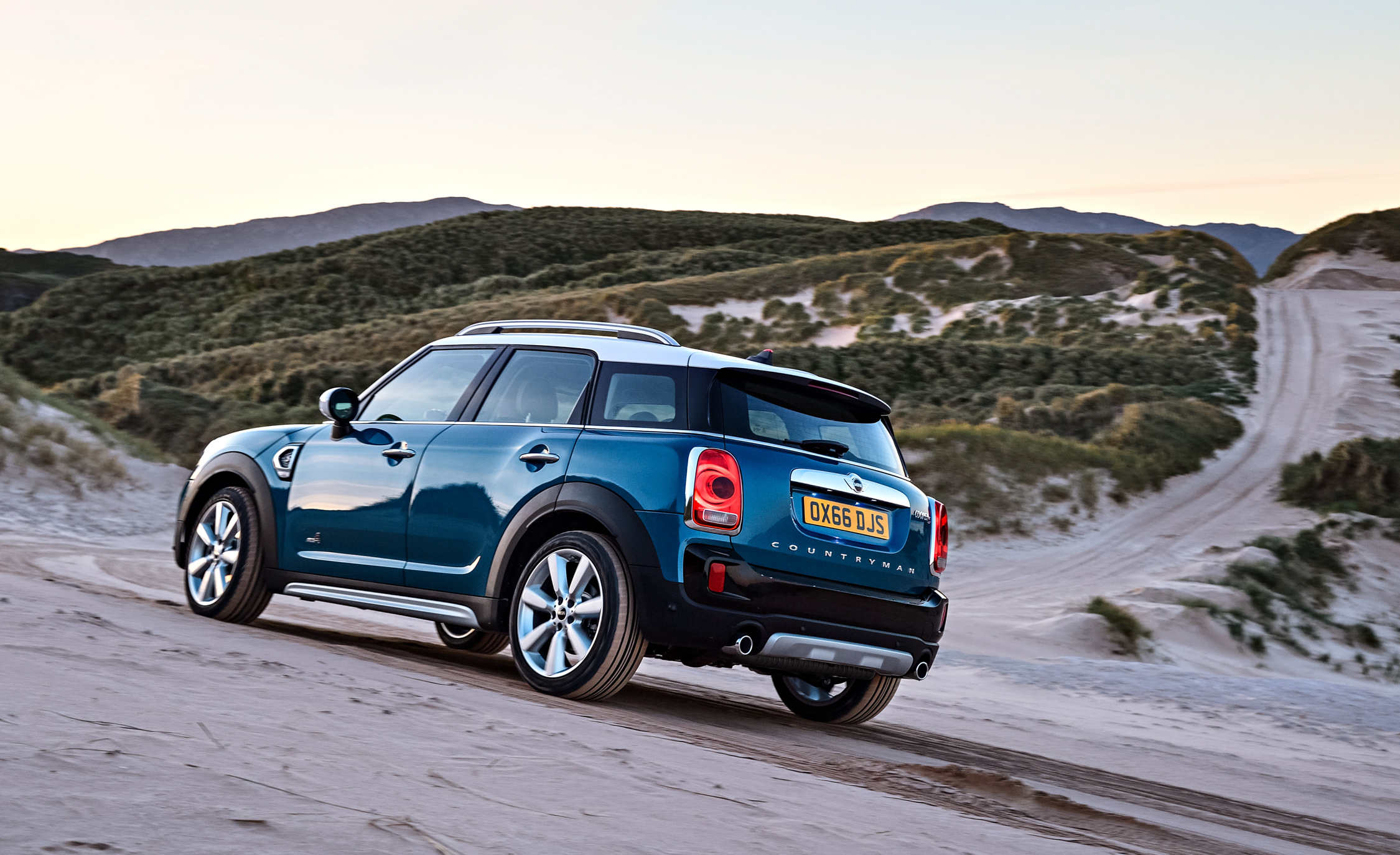 2017 Mini Cooper S Countryman Test Drive Side And Rear View (Photo 21 of 61)