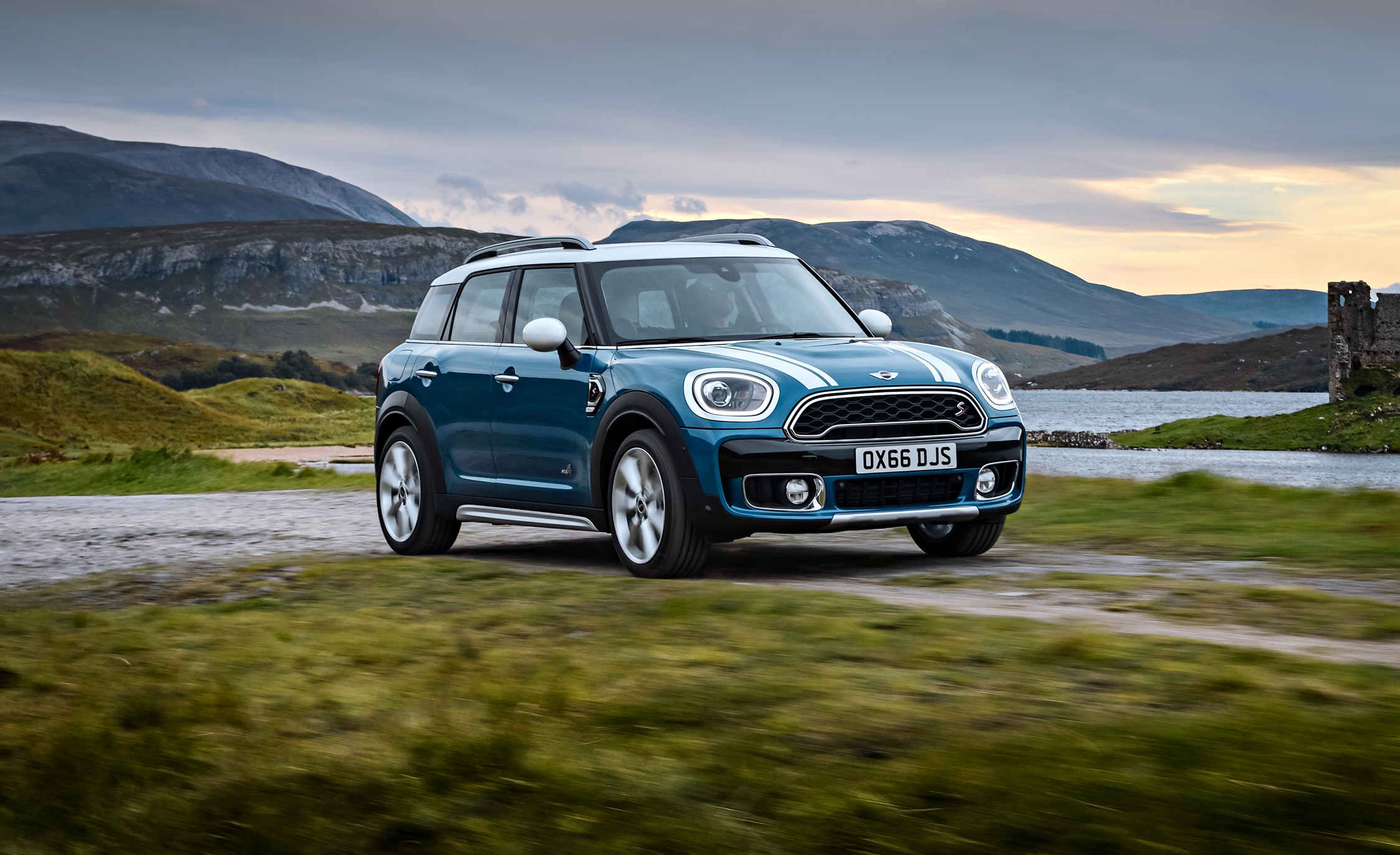 2017 Mini Cooper S Countryman (Photo 1 of 61)