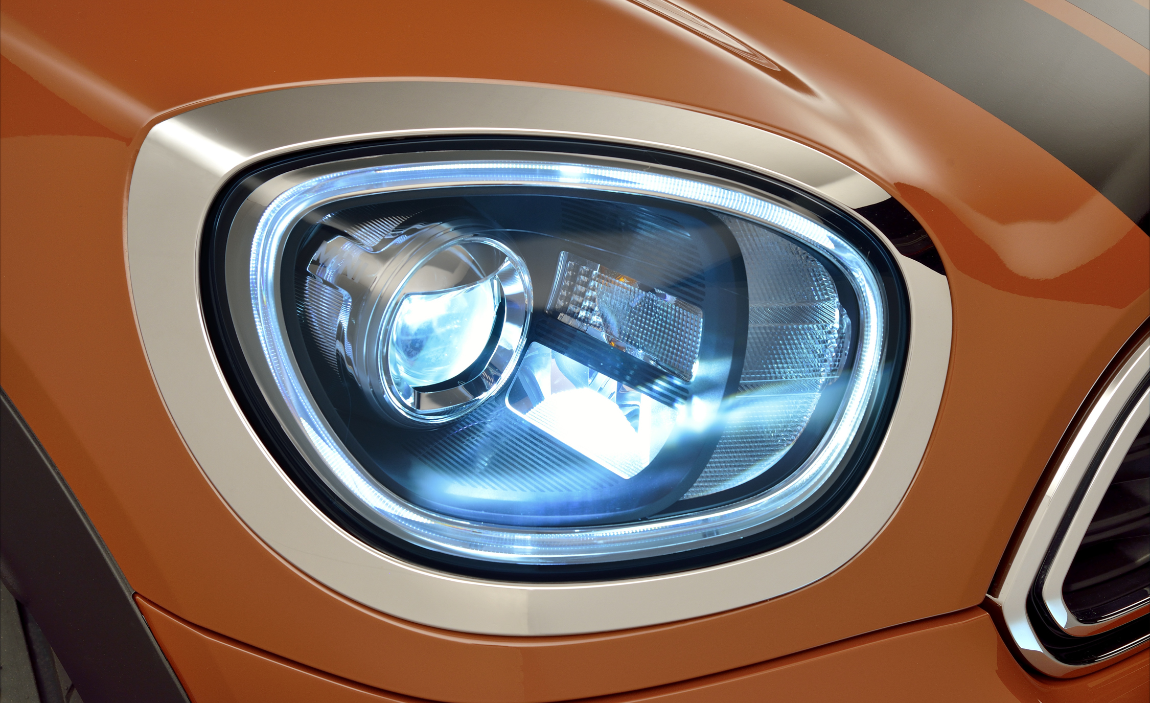2017 Mini Countryman Cooper S All4 Exterior View Headlight (Photo 35 of 61)