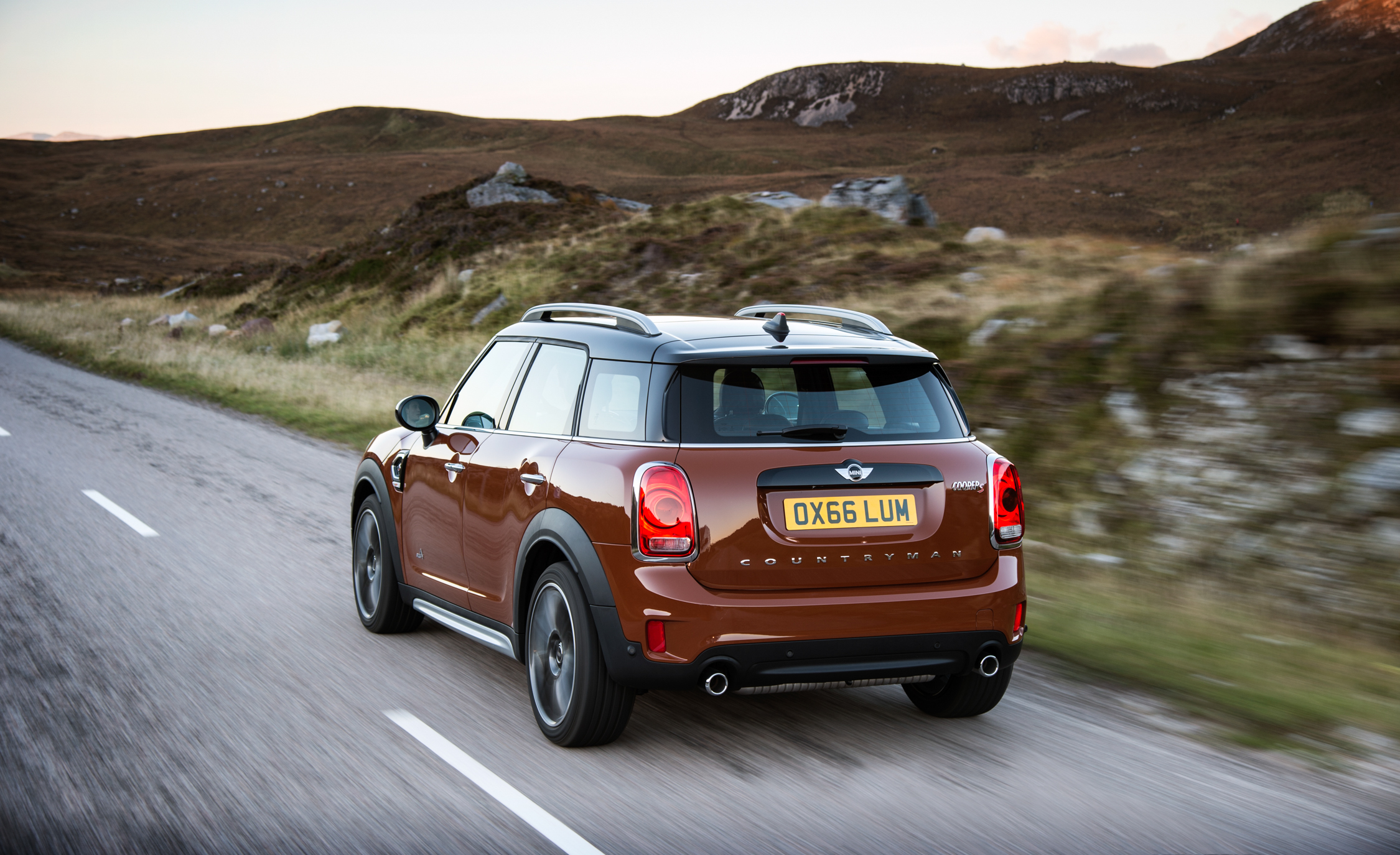 2017 Mini Countryman Cooper S All4 Test Drive Rear And Side View (Photo 48 of 61)