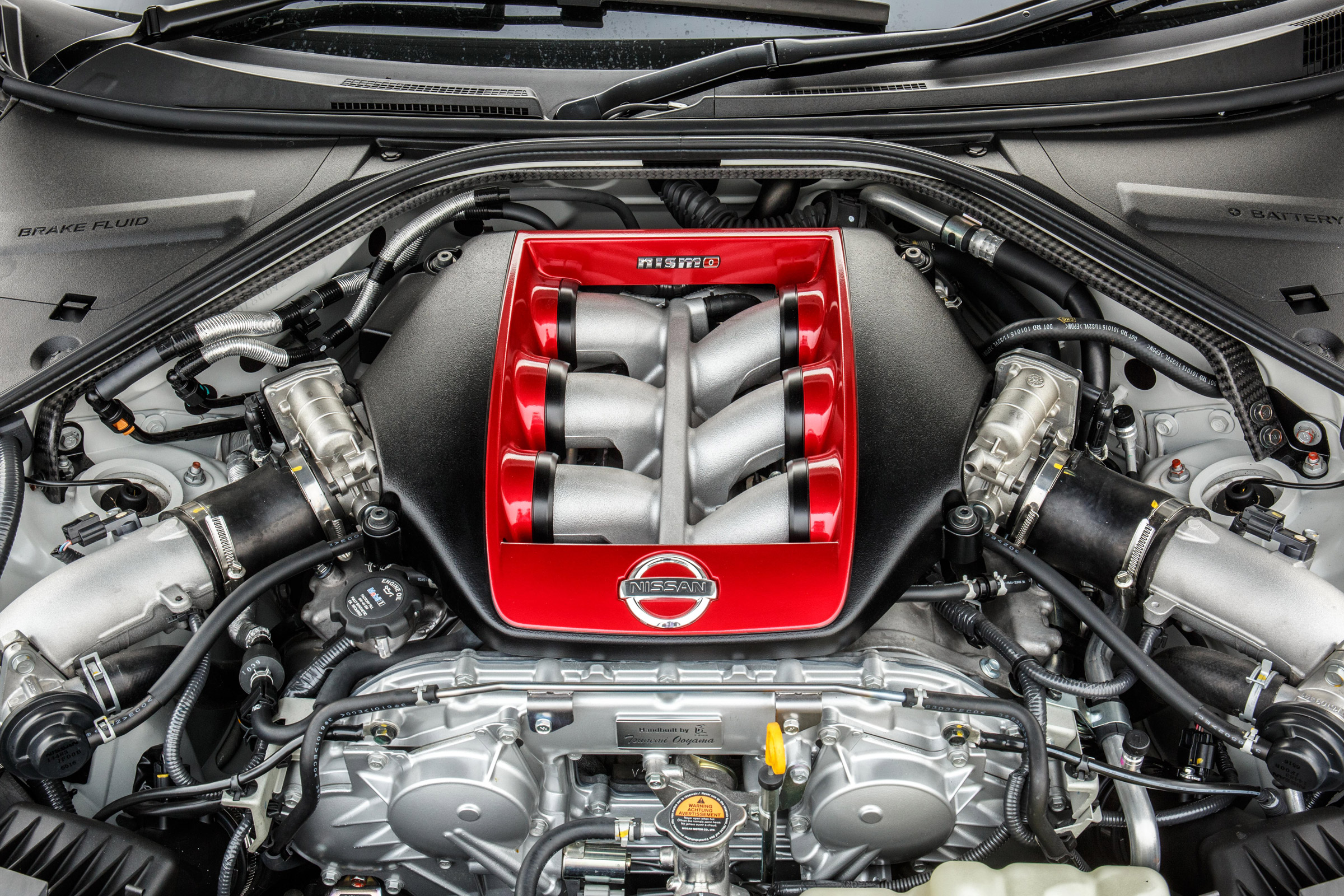 2017 Nissan GT R NISMO View Engine (Photo 21 of 22)