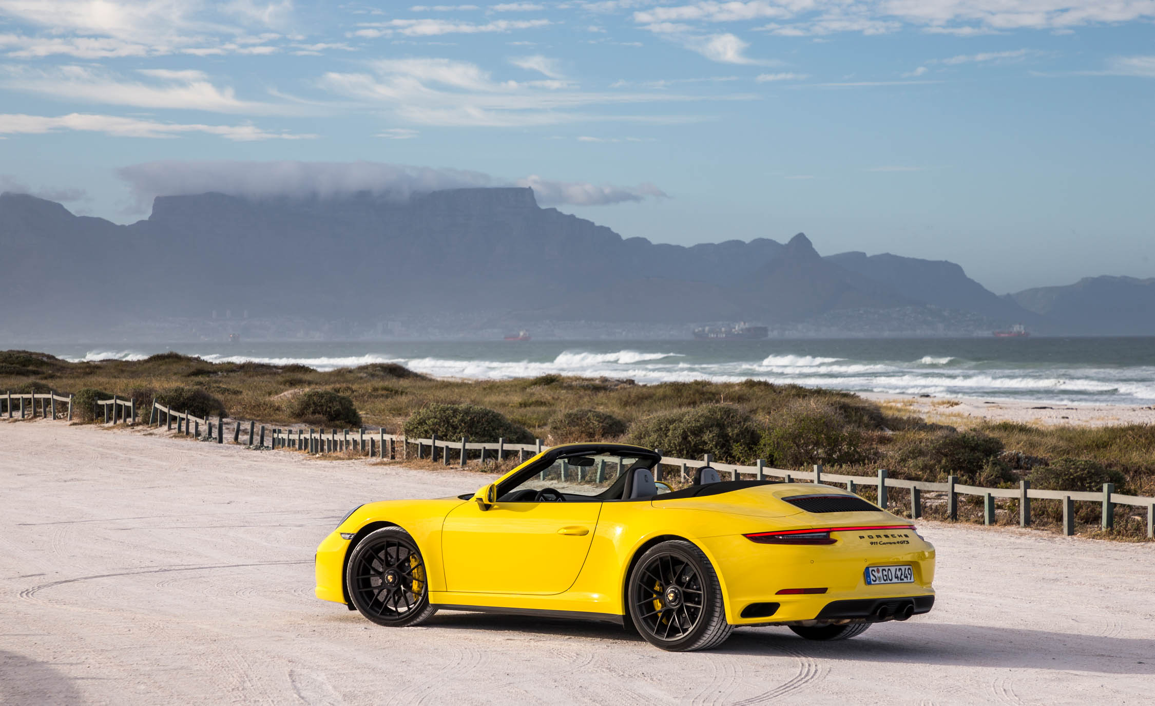 2017 Porsche 911 Carrera 4 GTS Cabriolet Exterior Side And Rear (Photo 4 of 97)
