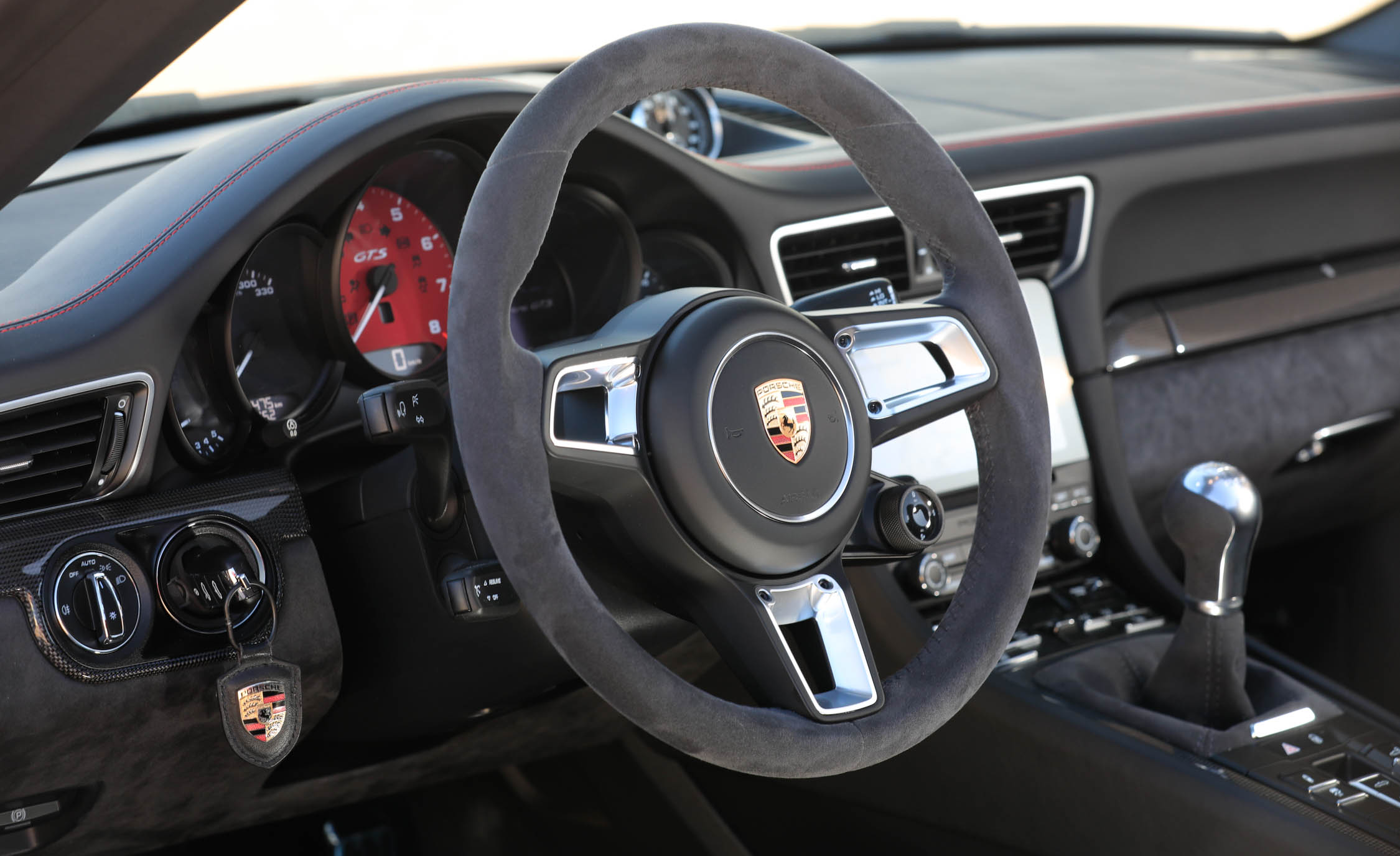 2017 Porsche 911 Carrera GTS Cabriolet Interior Driver Cockpit Steering (Photo 35 of 97)