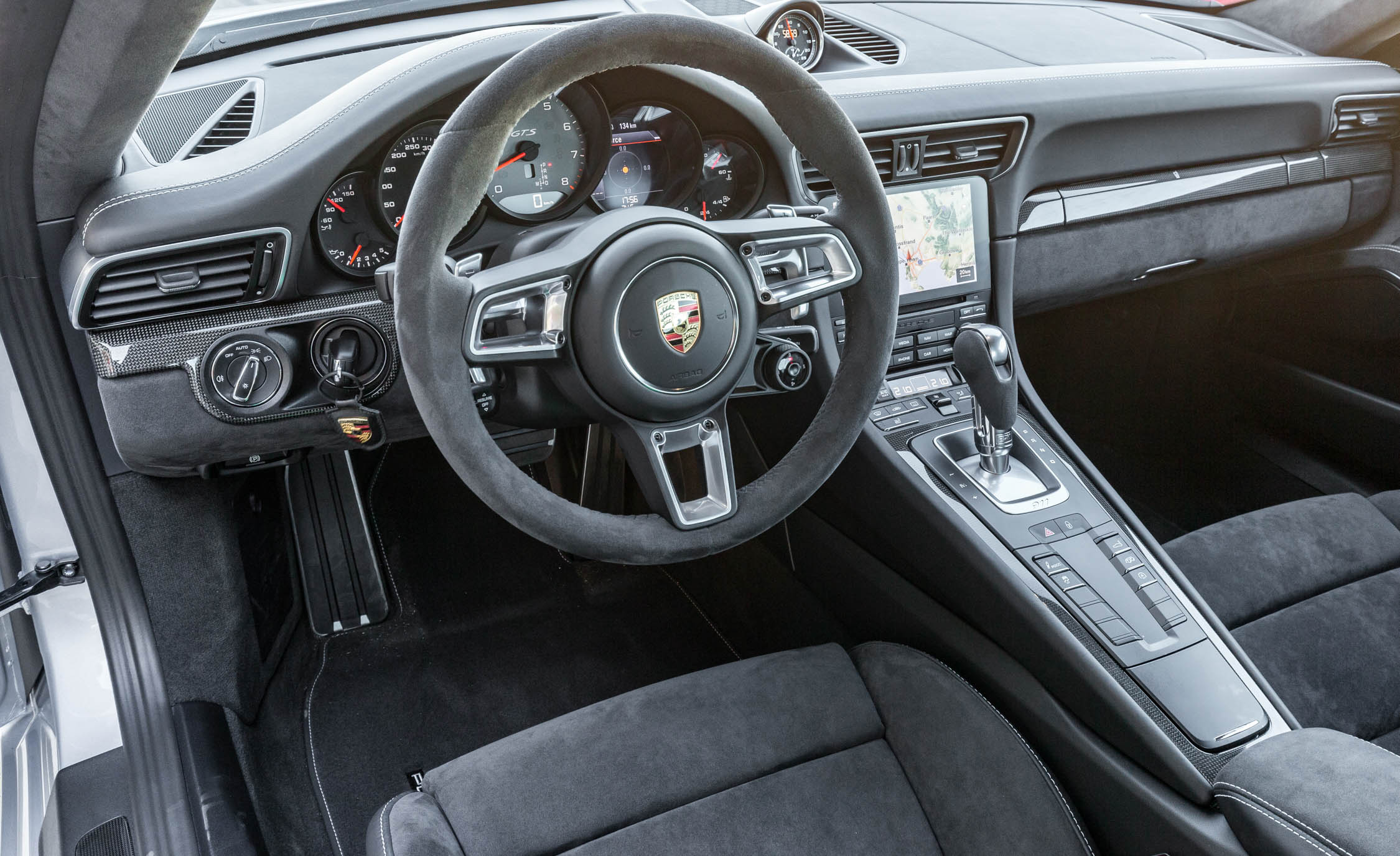 2017 Porsche 911 Carrera GTS Coupe Interior Driver Cockpit Steering (Photo 50 of 97)