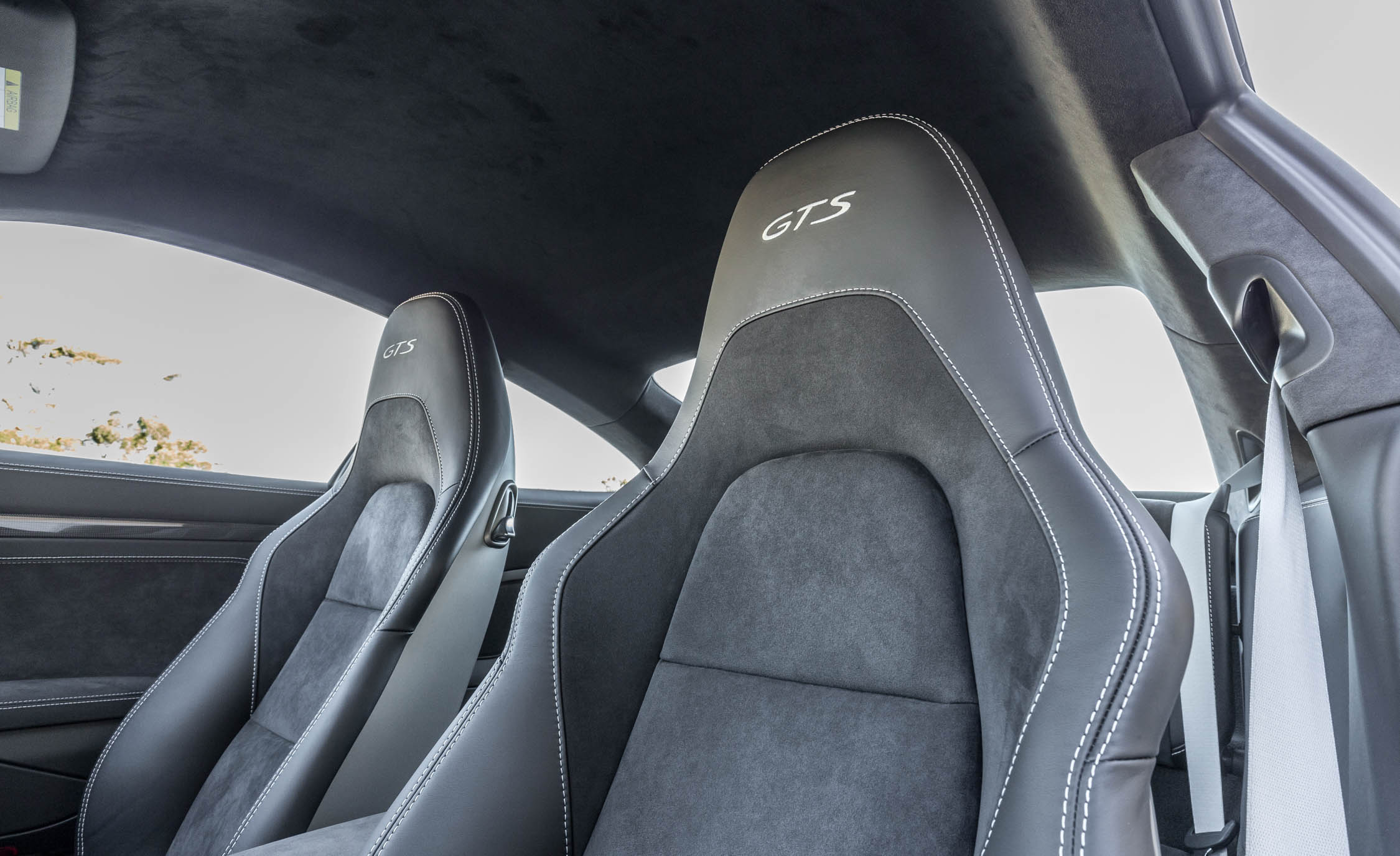 2017 Porsche 911 Carrera GTS Coupe Interior Seats (Photo 51 of 97)