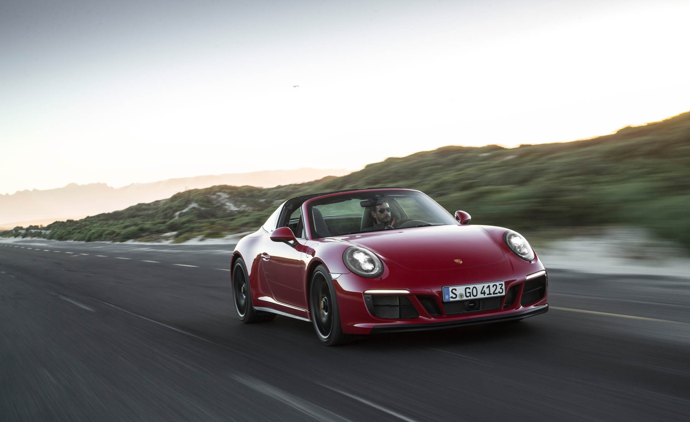 2017 Porsche 911 Targa 4 GTS Red (Photo 75 of 97)