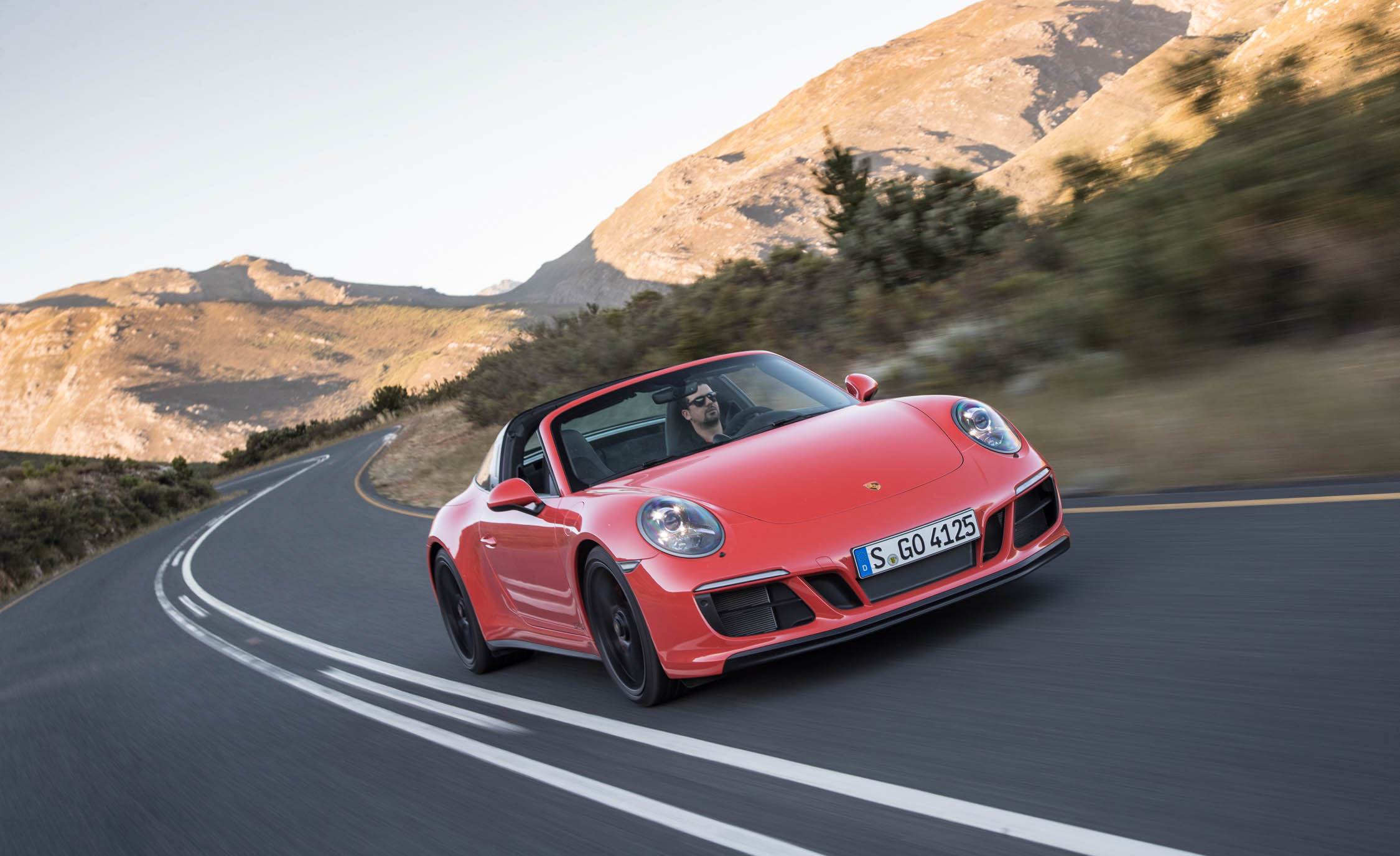 2017 Porsche 911 Targa 4 GTS (Photo 59 of 97)