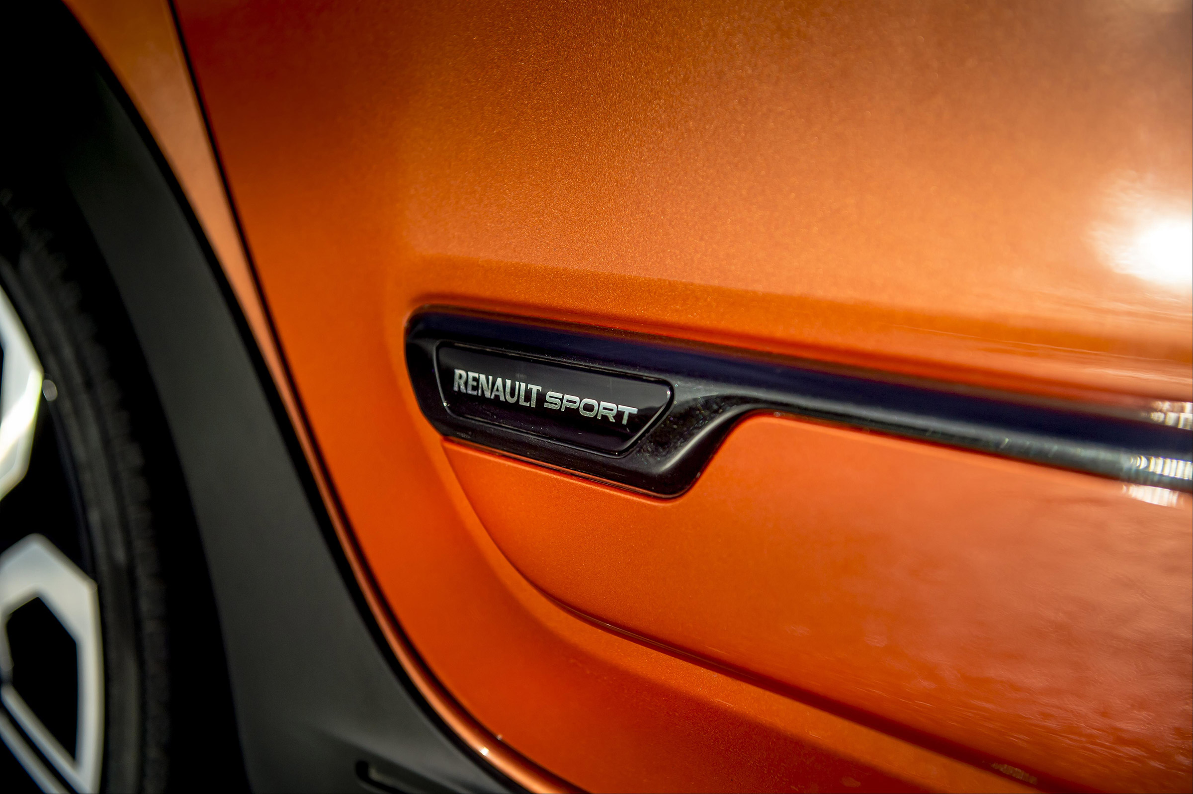2017 Renault Twingo GT Exterior View Side Emblem (Photo 7 of 20)
