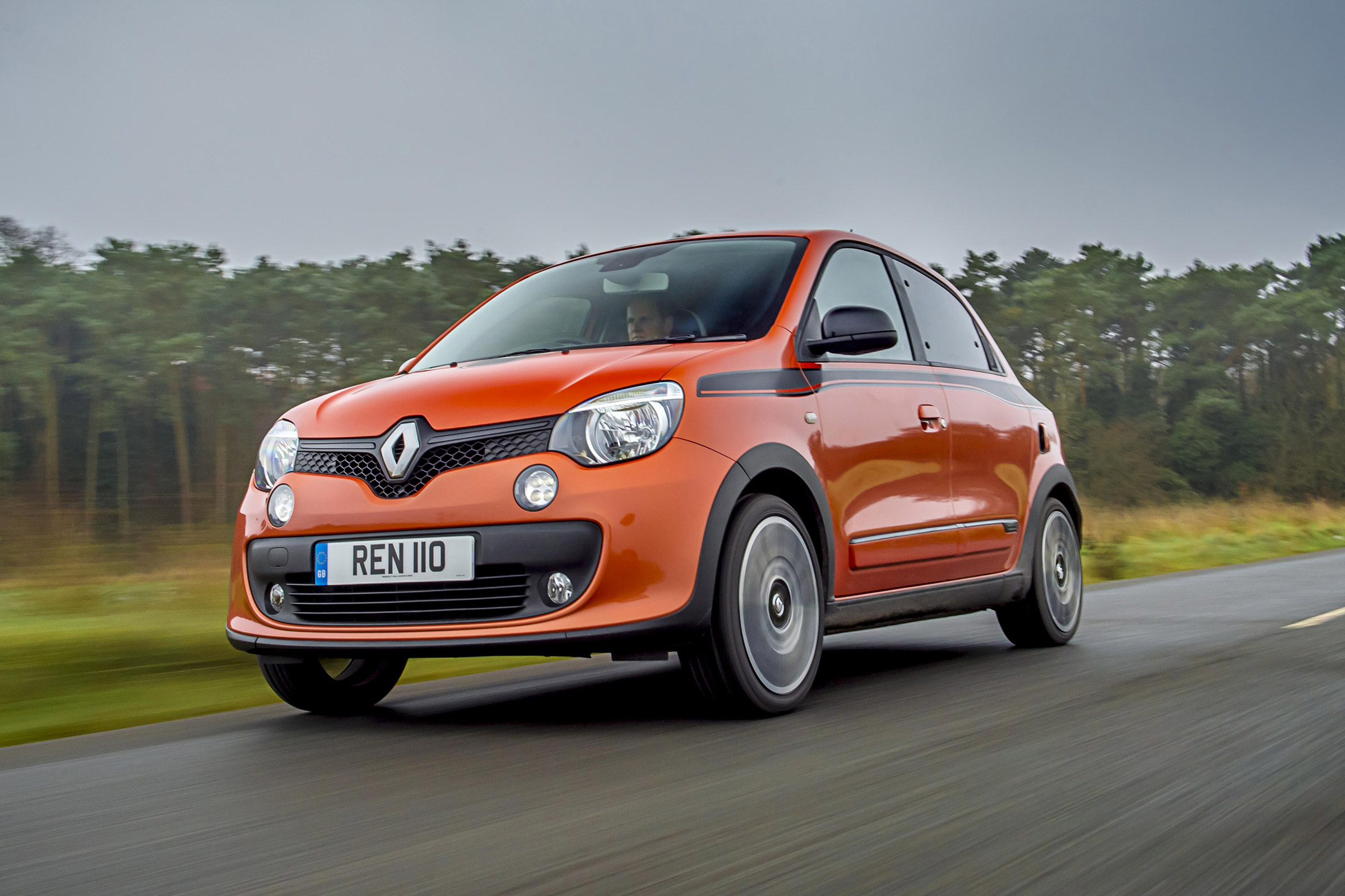 Featured Image of 2017 Renault Twingo GT