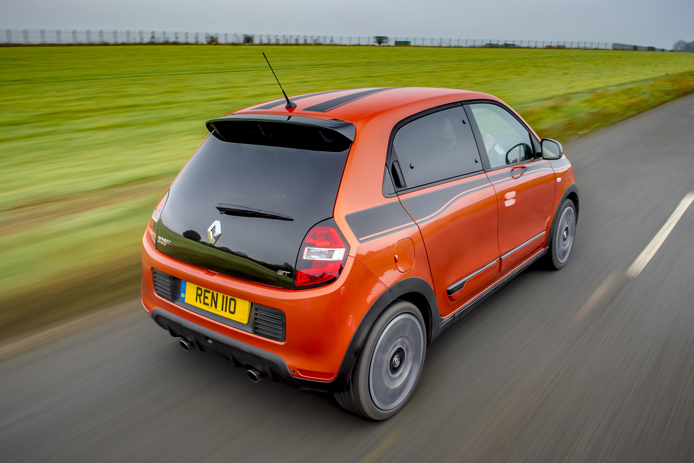 2017 Renault Twingo GT Test Drive Rear Corner (Photo 18 of 20)