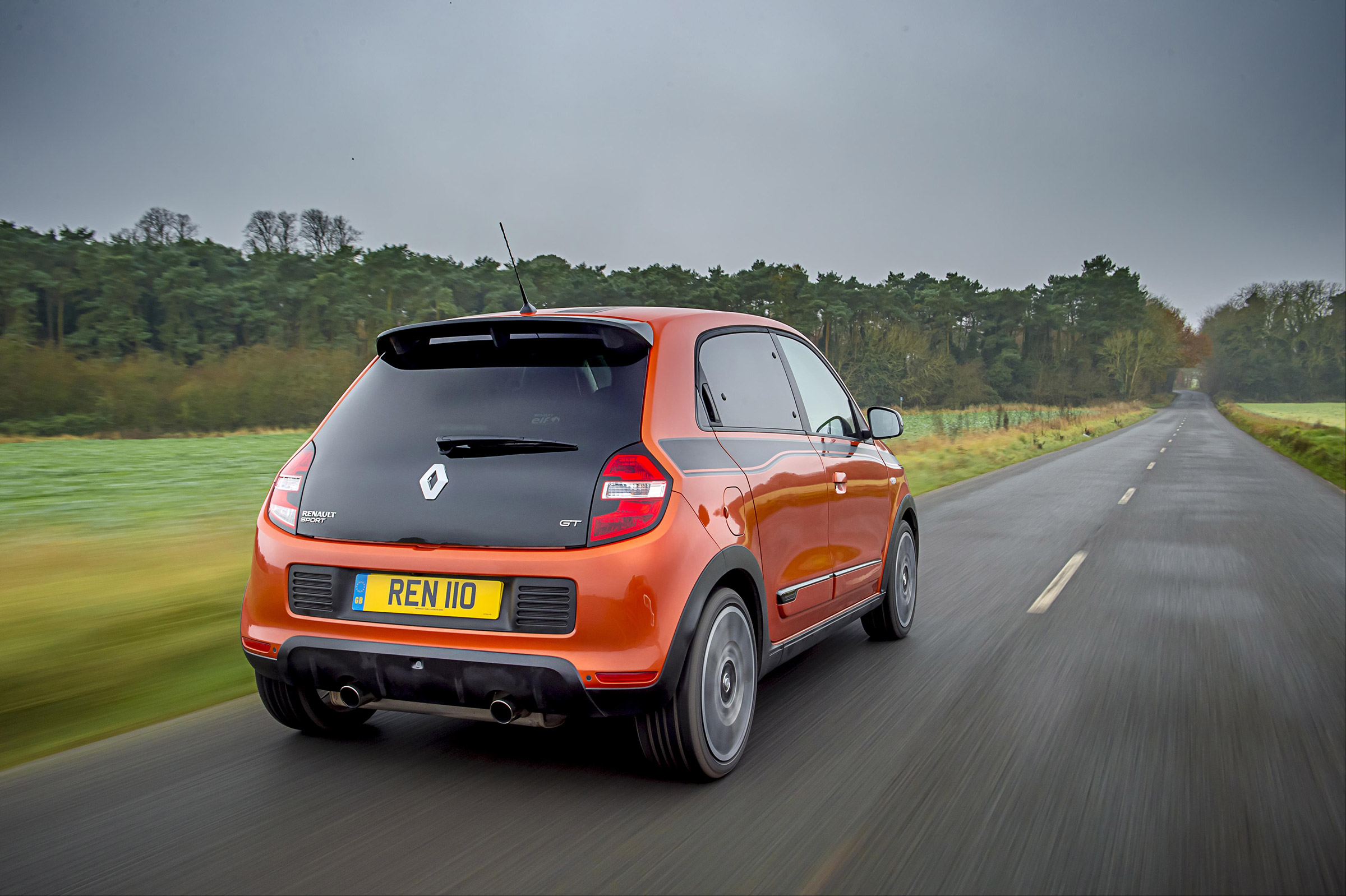 2017 Renault Twingo GT Test Drive Rear View (Photo 19 of 20)