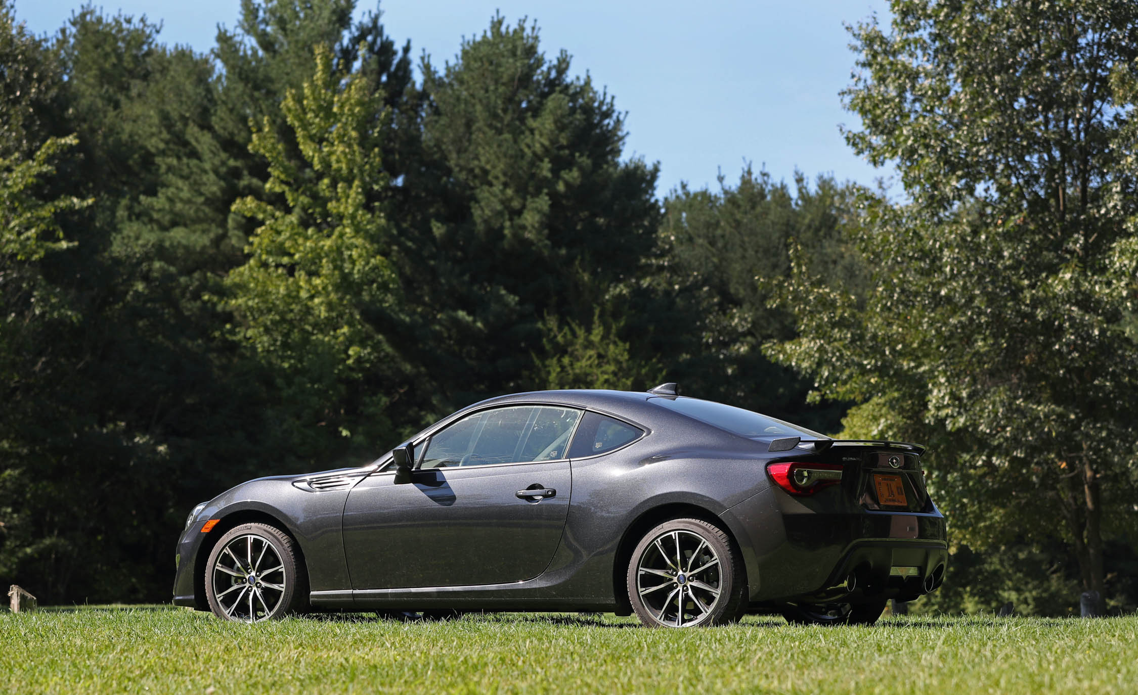 2017 Subaru BRZ Exterior Side And Rear (Photo 9 of 27)