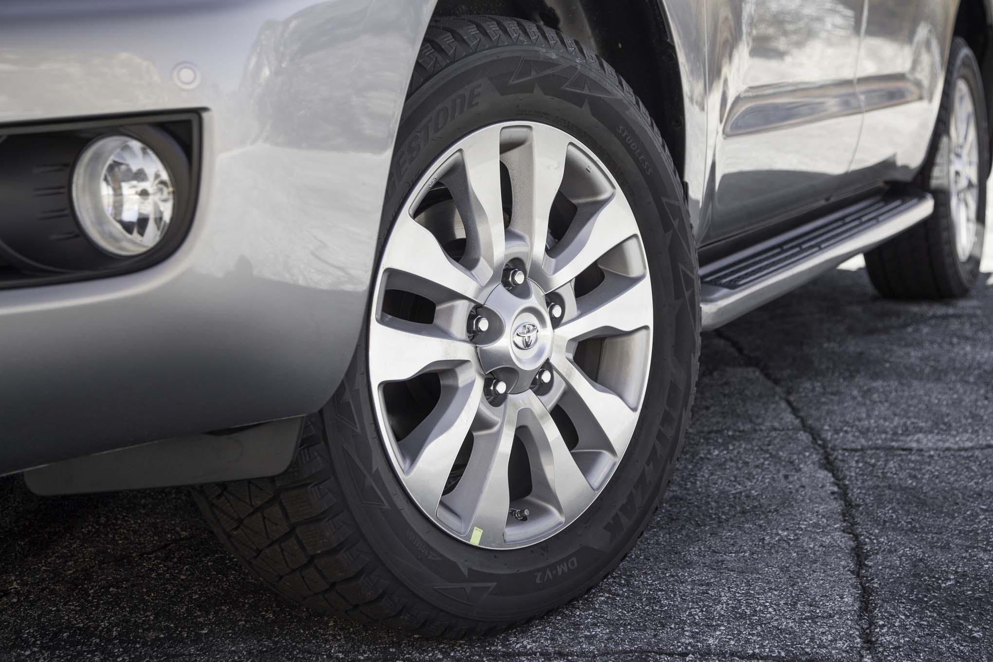 2017 Toyota Sequoia 4×4 Platinum Exterior View Wheel Profile (Photo 11 of 26)