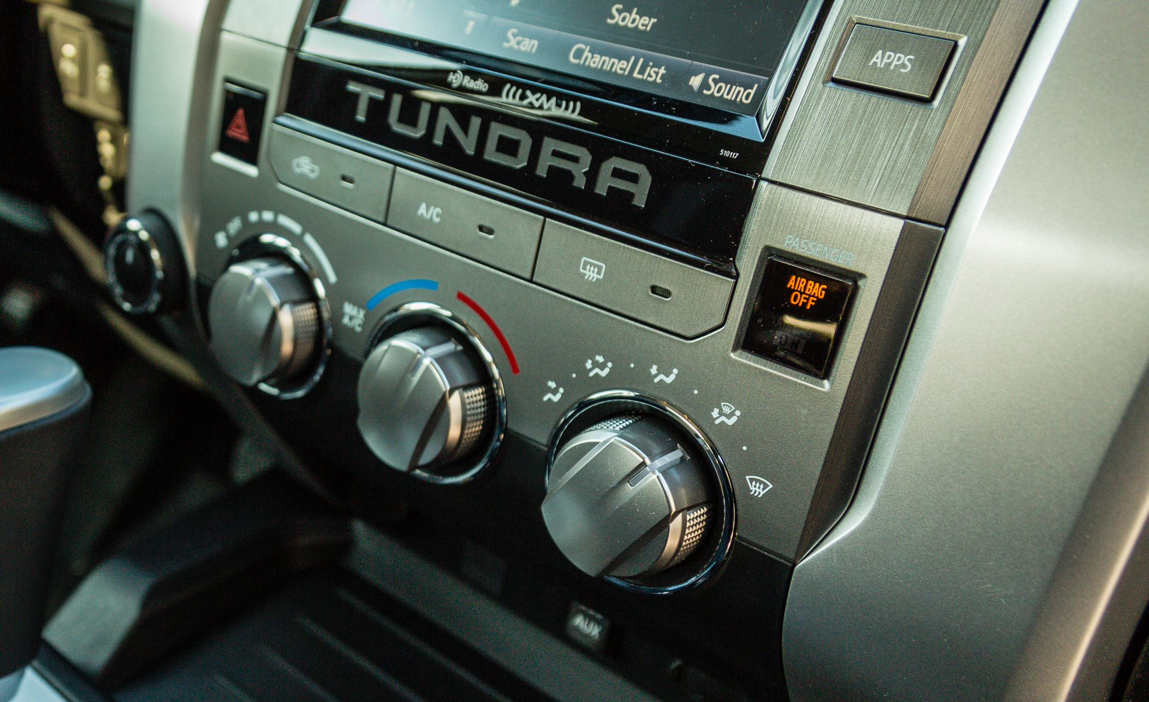 2017 Toyota Tundra Interior View Climate Control (View 9 of 24)