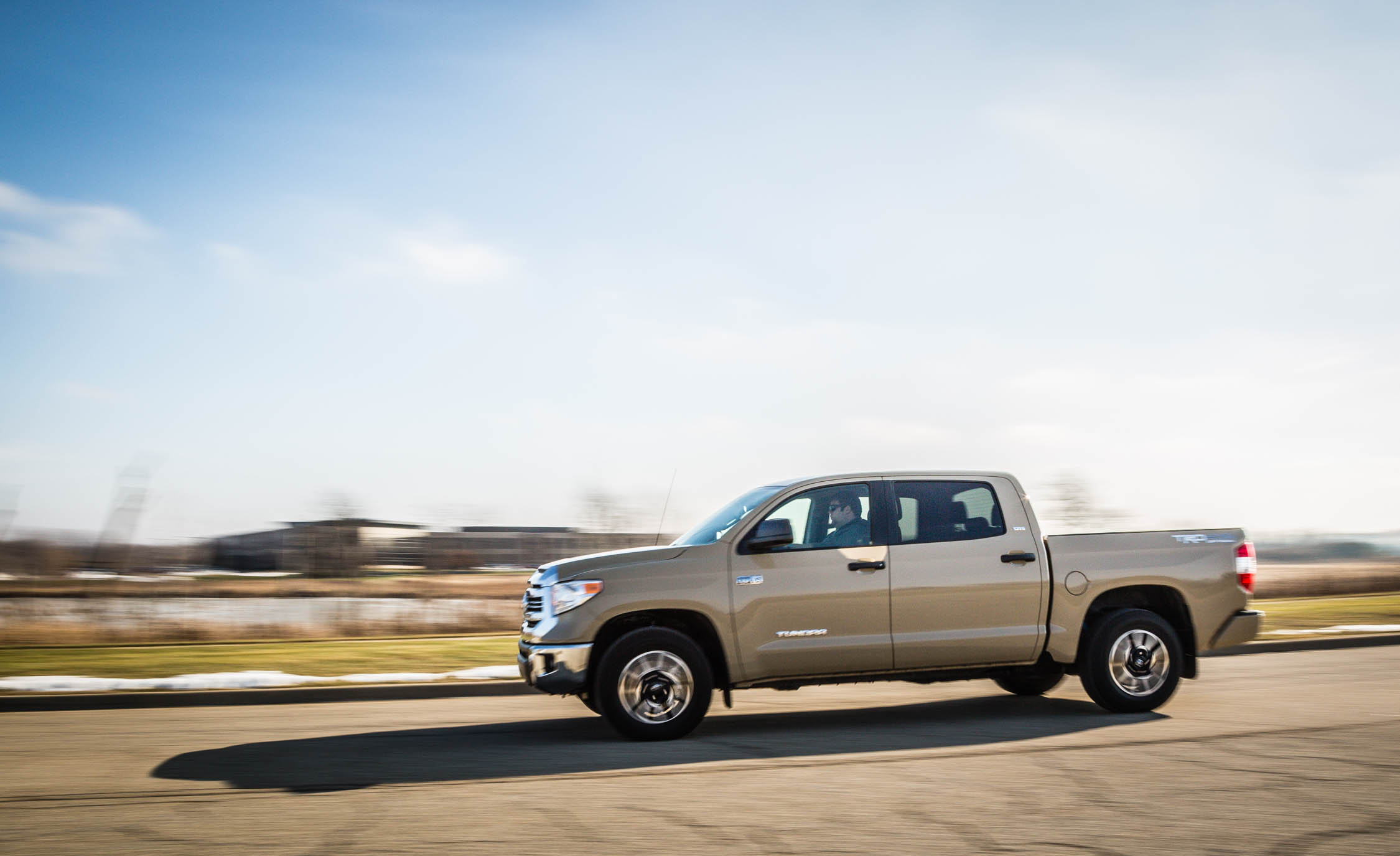 2017 Toyota Tundra Test Drive Side View (View 8 of 24)