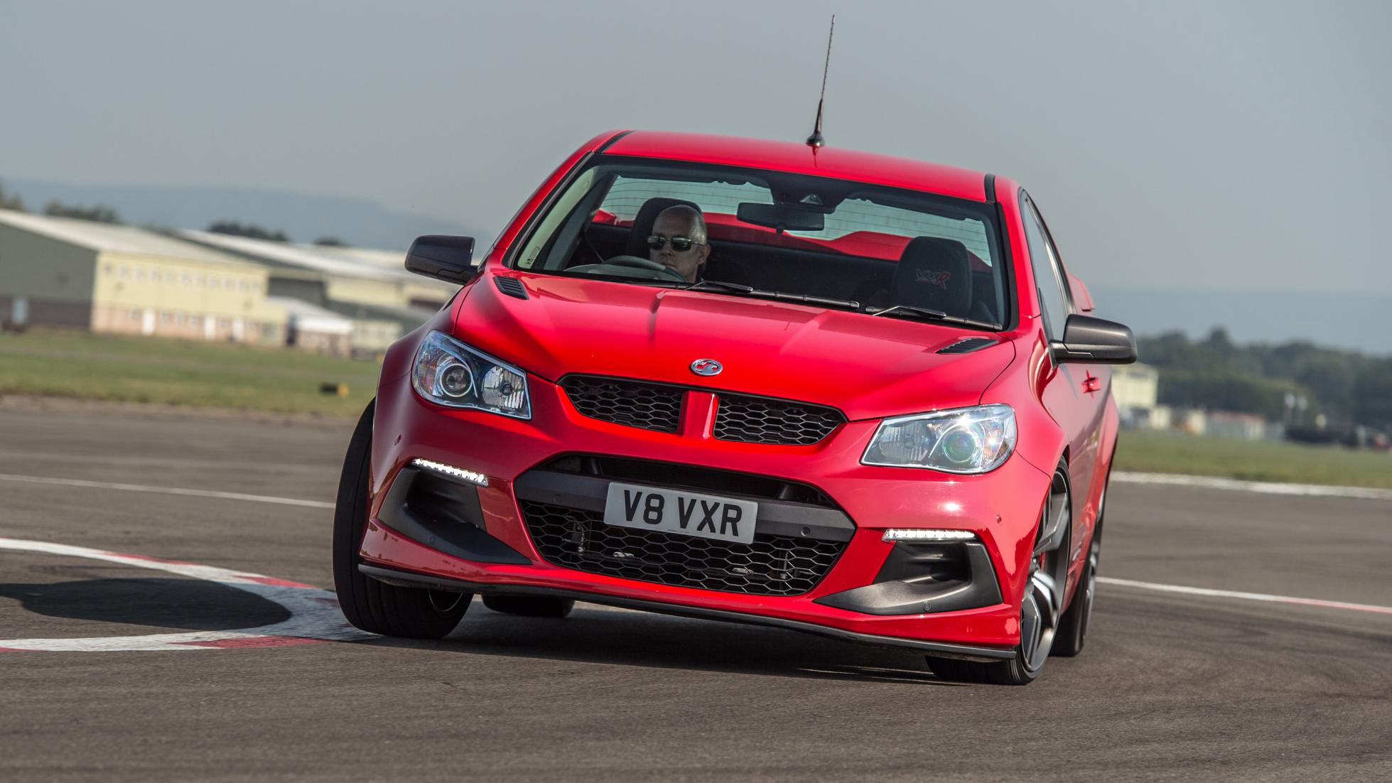 2017 Vauxhall VXR8 Maloo Circuit Test Front Performance (Photo 6 of 26)