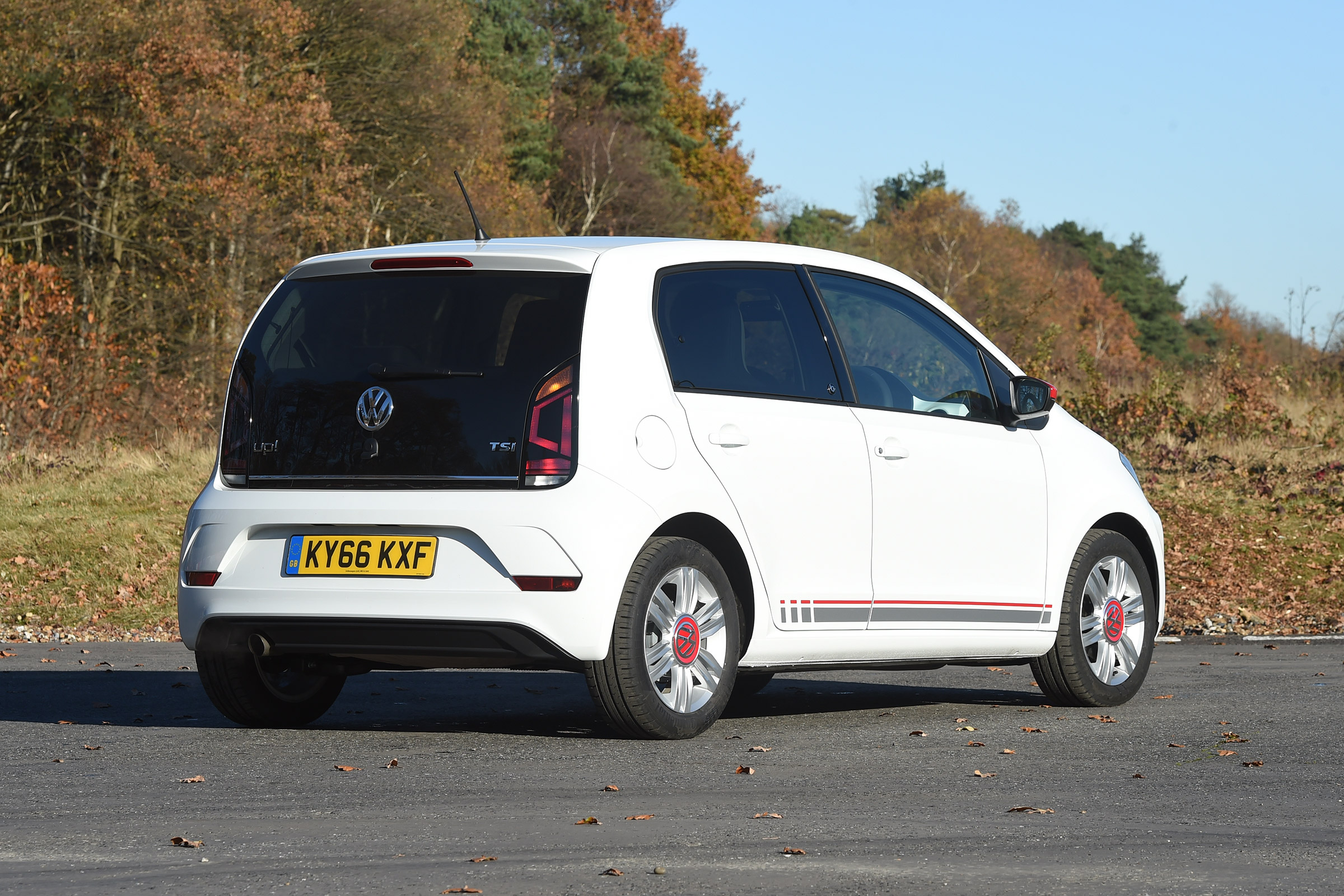 2017 Volkswagen Up Exterior White Rear And Side (Photo 3 of 15)