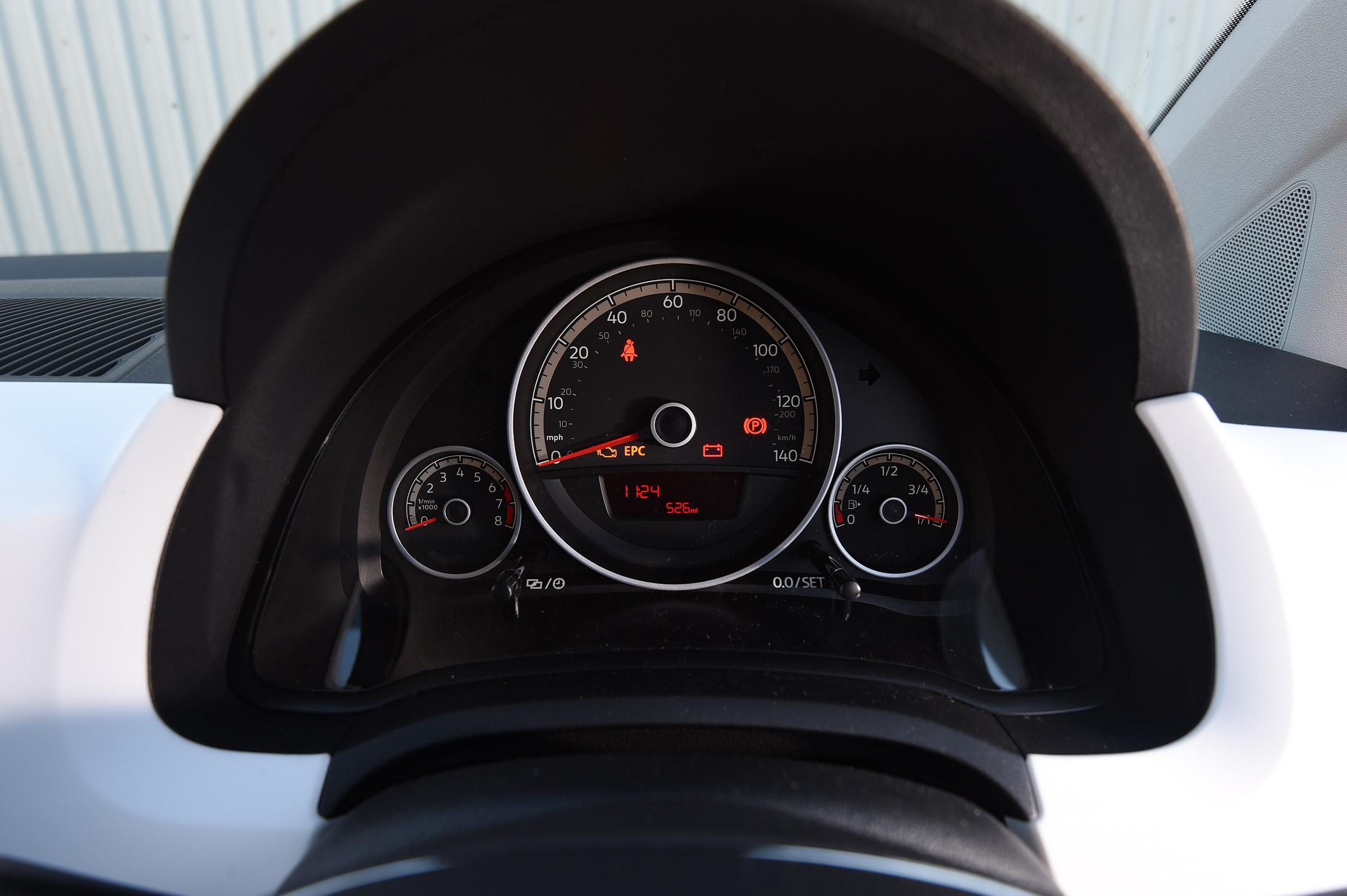 2017 Volkswagen Up Interior View Speedometer Instrument Cluster (View 7 of 15)