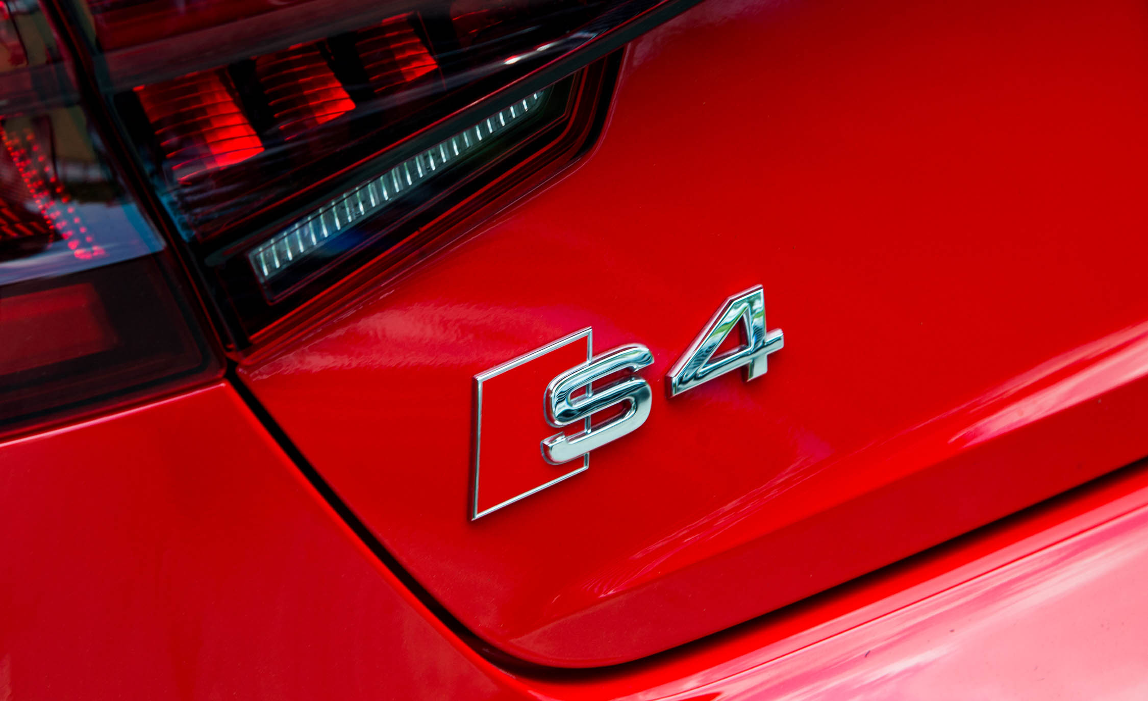 2018 Audi S4 Exterior Red View Rear Emblem (Photo 5 of 17)