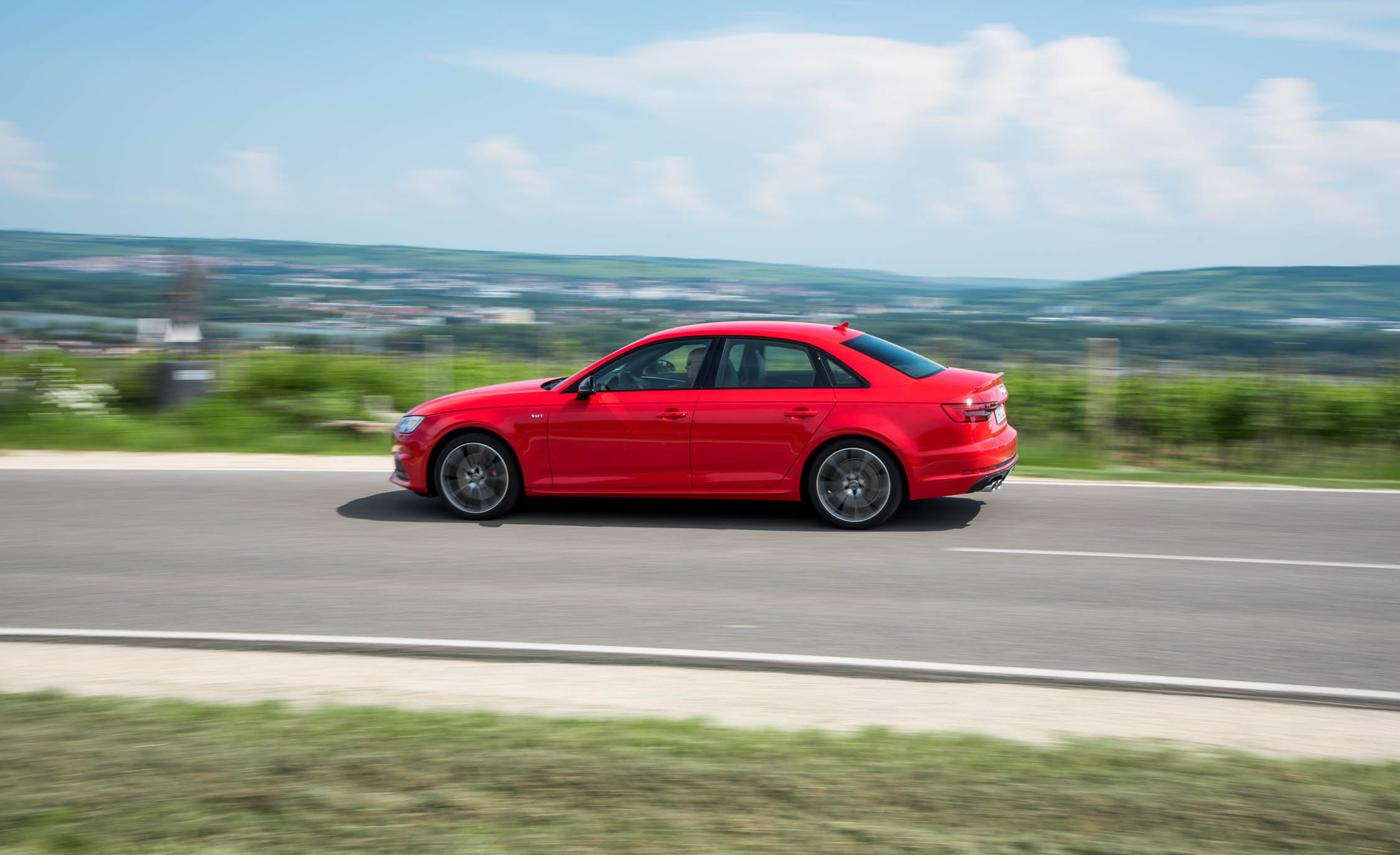 2018 Audi S4 Test Drive Red Metallic (Photo 13 of 17)