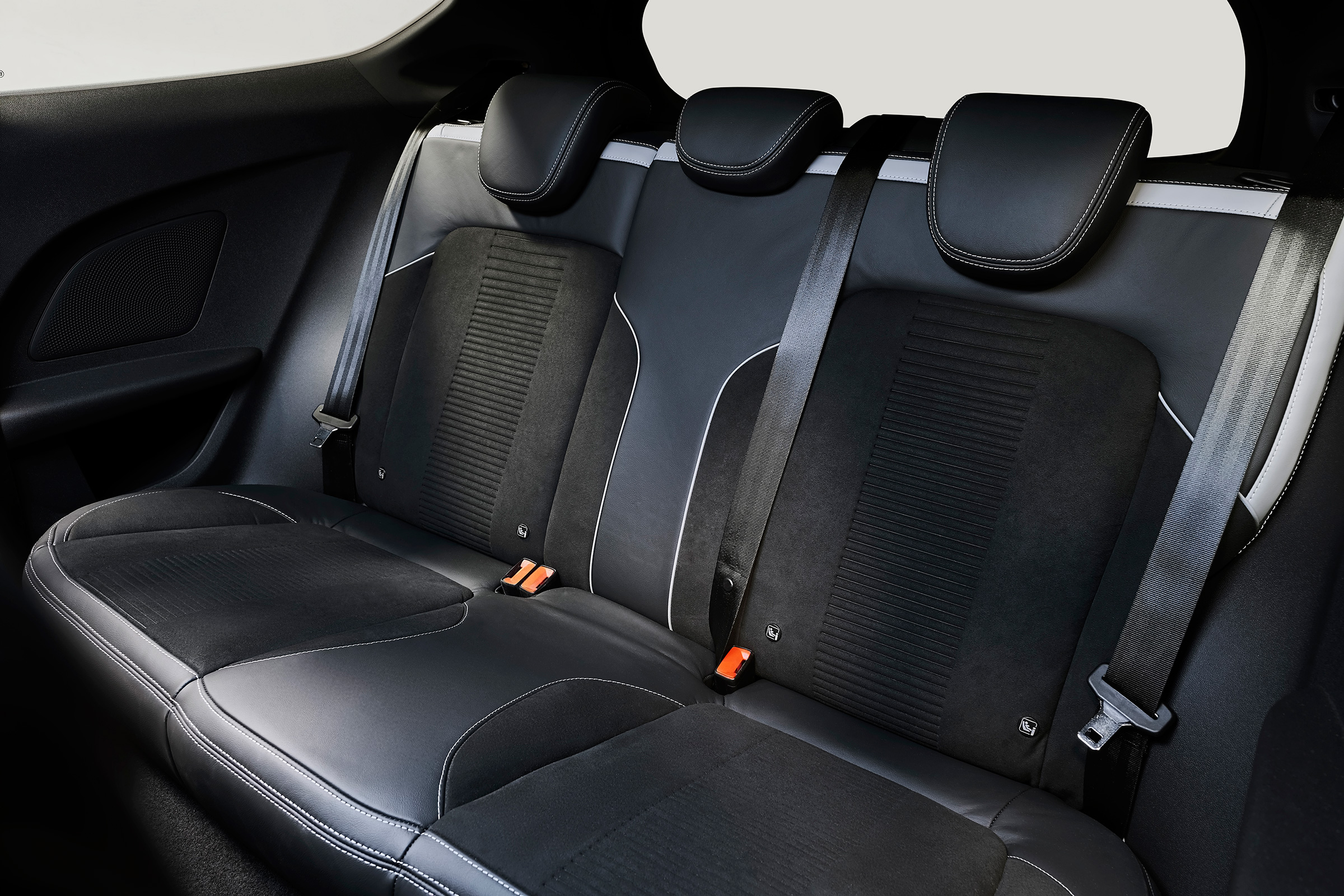 2018 Ford Fiesta ST Interior Seats Rear (Photo 13 of 14)