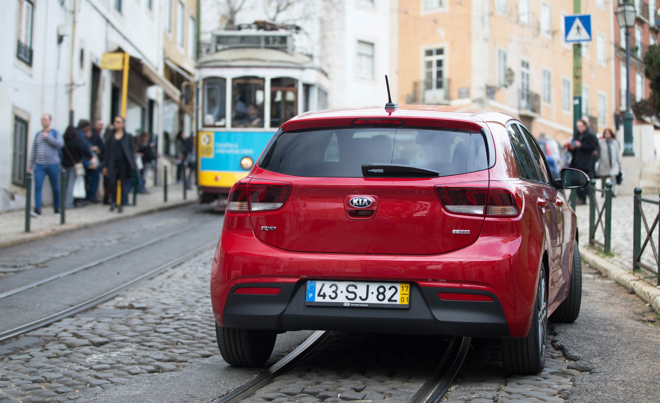 2018 Kia Rio Hatchback Red Exterior Rear (View 15 of 49)
