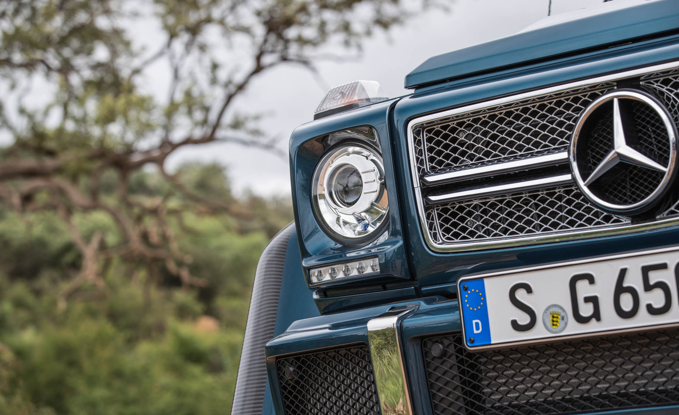 2018 maybach g650. fine 2018 2018 mercedes maybach g650 landaulet exterior view grille photo 48 of 52 to maybach g650