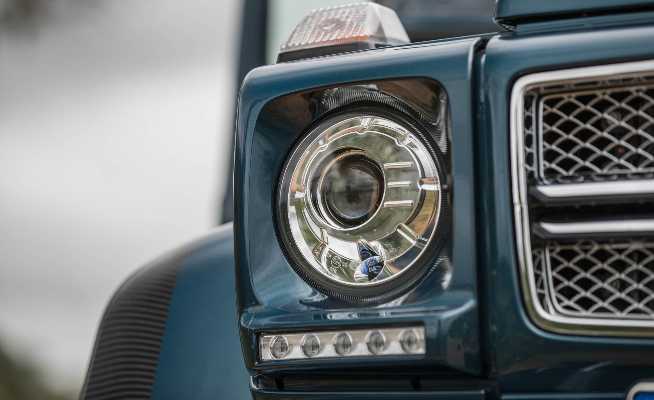 2018 Mercedes Maybach G650 Landaulet Exterior View Headlight (Photo 12 of 52)