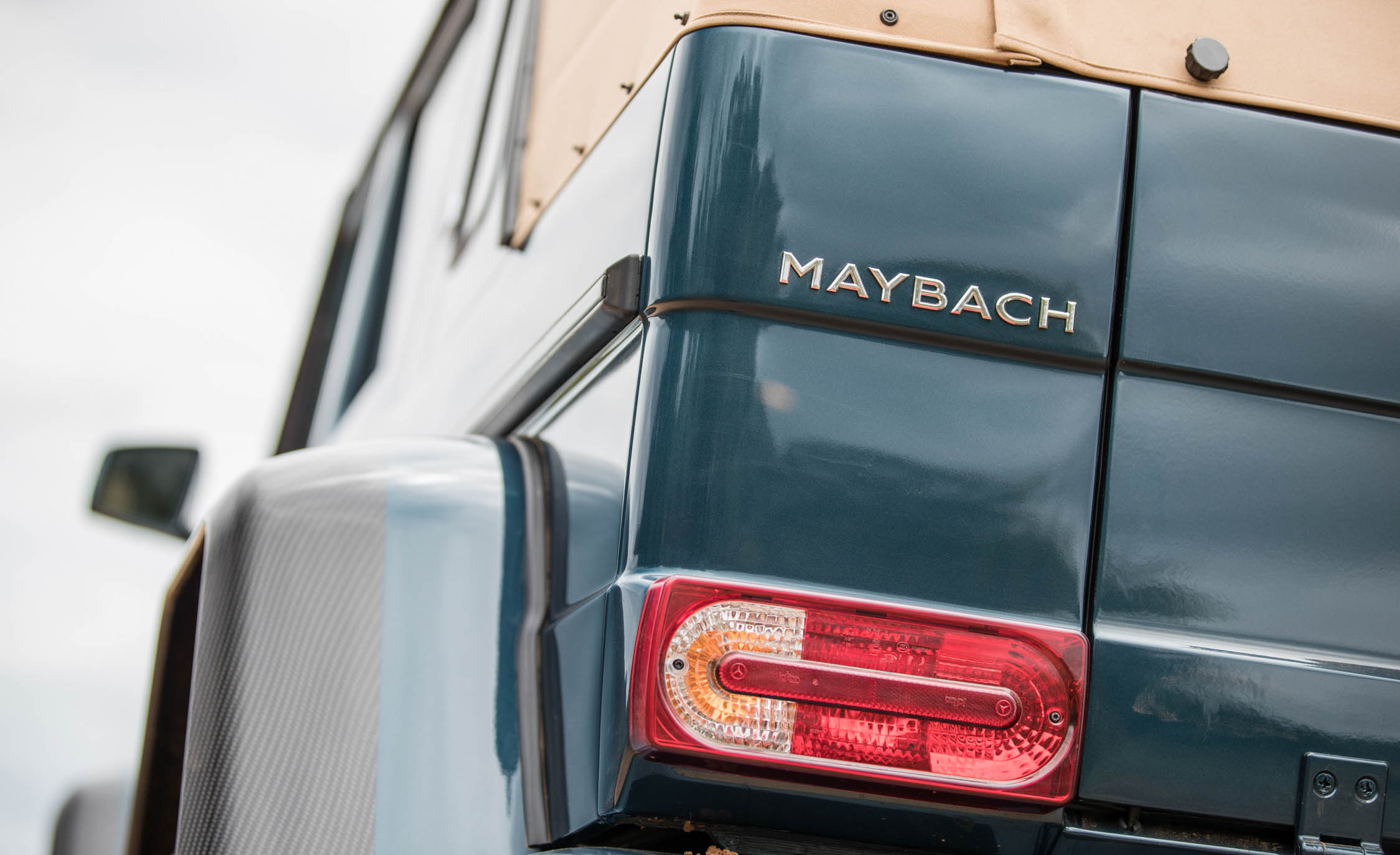 2018 Mercedes Maybach G650 Landaulet Exterior View Taillight (Photo 43 of 52)