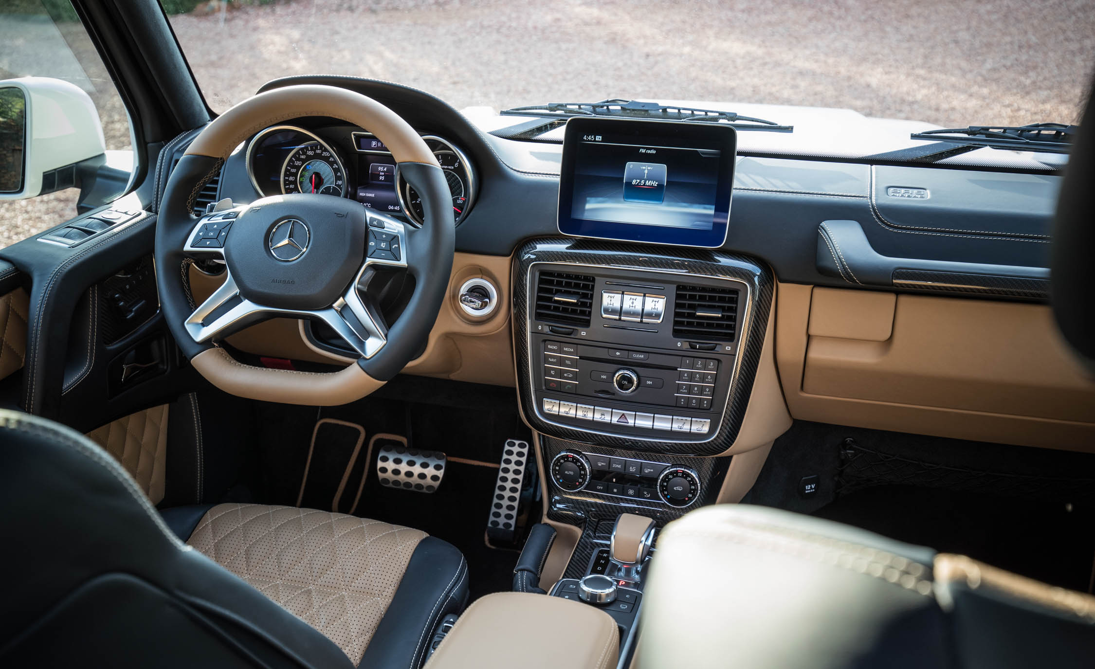 2018 Mercedes Maybach G650 Landaulet Interior Cockpit Steering And Dashboard (Photo 39 of 52)