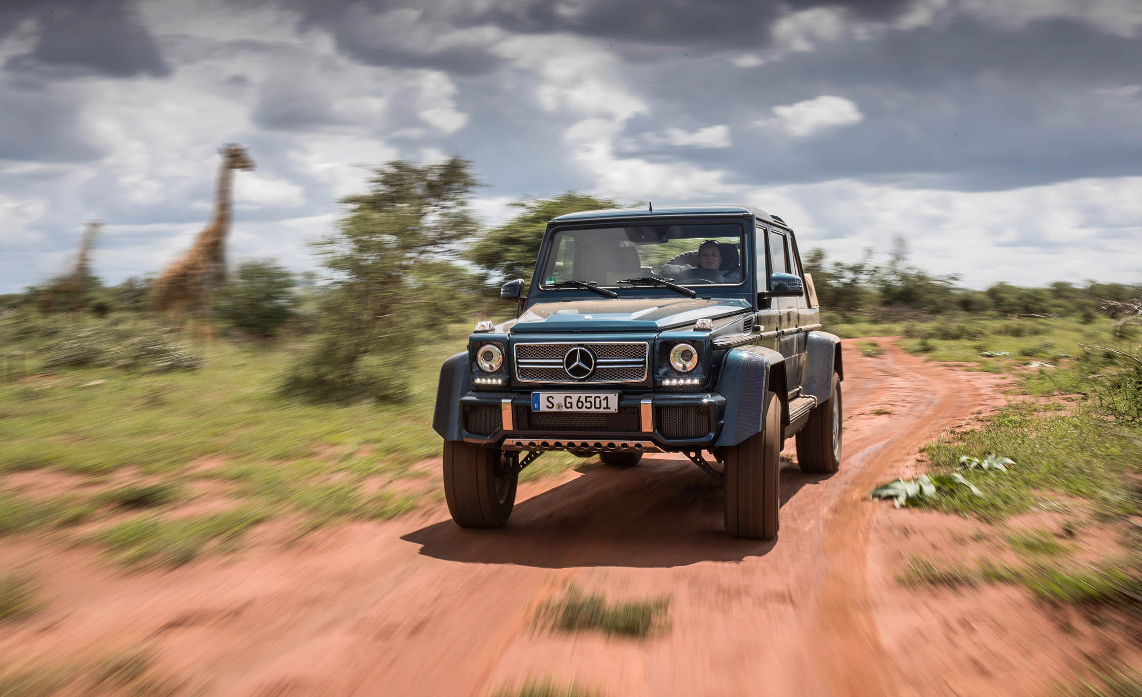 2018 Mercedes Maybach G650 Landaulet Test Drive Front Preview (Photo 21 of 52)