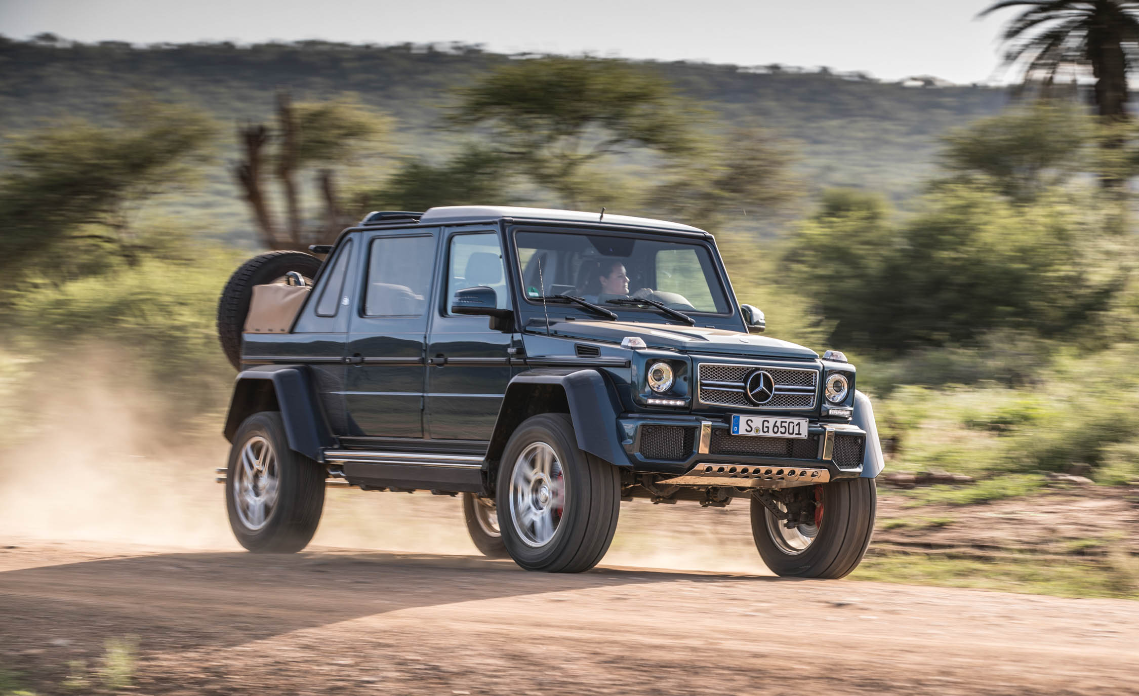 2018 Mercedes Maybach G650 Landaulet Test Drive Preview (Photo 16 of 52)