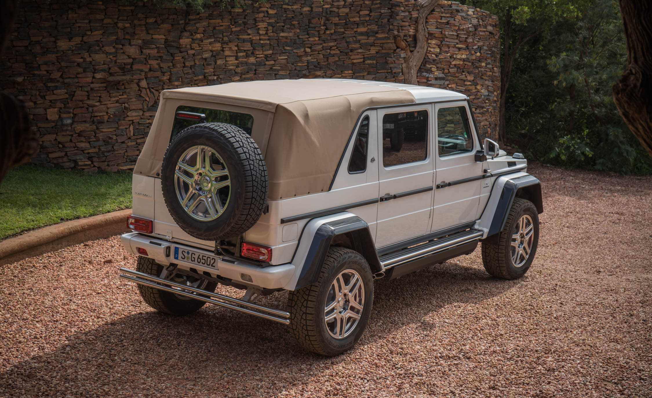 2018 Mercedes Maybach G650 Landaulet White Exterior Rear And Side Roof Close (Photo 48 of 52)