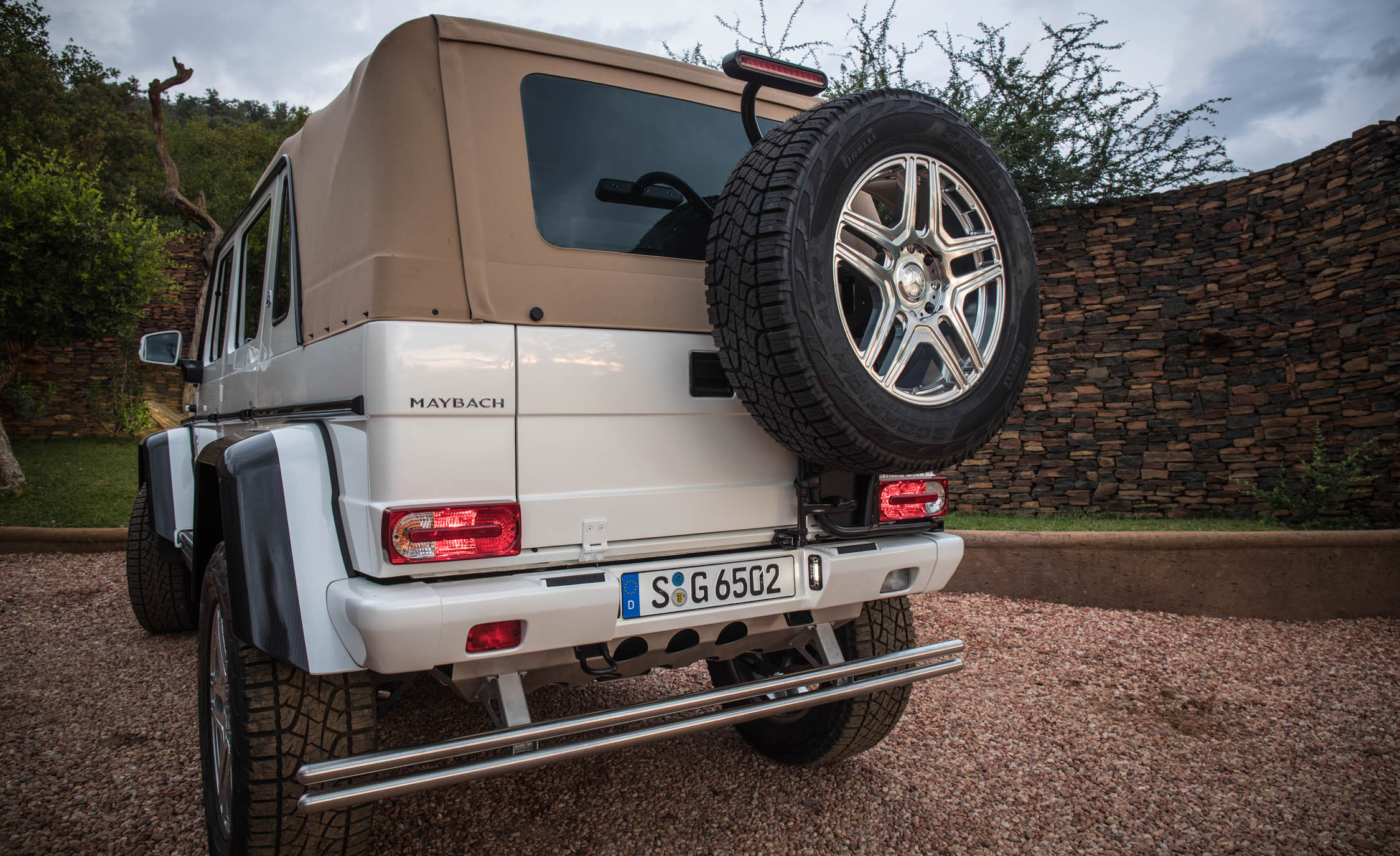 2018 Mercedes Maybach G650 Landaulet White Exterior Rear Roof Close (Photo 50 of 52)