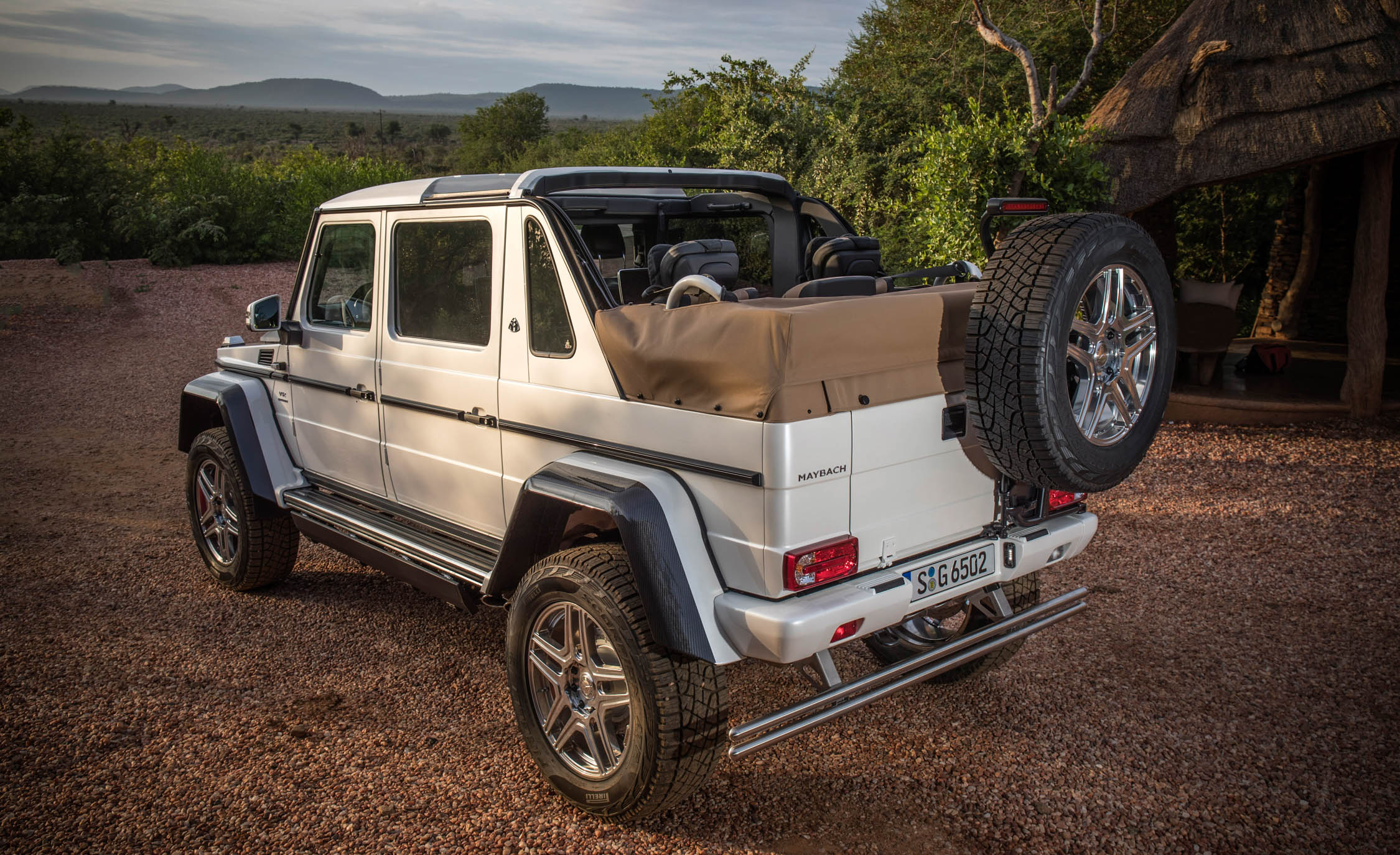 2018 Mercedes Maybach G650 Landaulet White Exterior Side And Rear Roof Open (Photo 2 of 52)