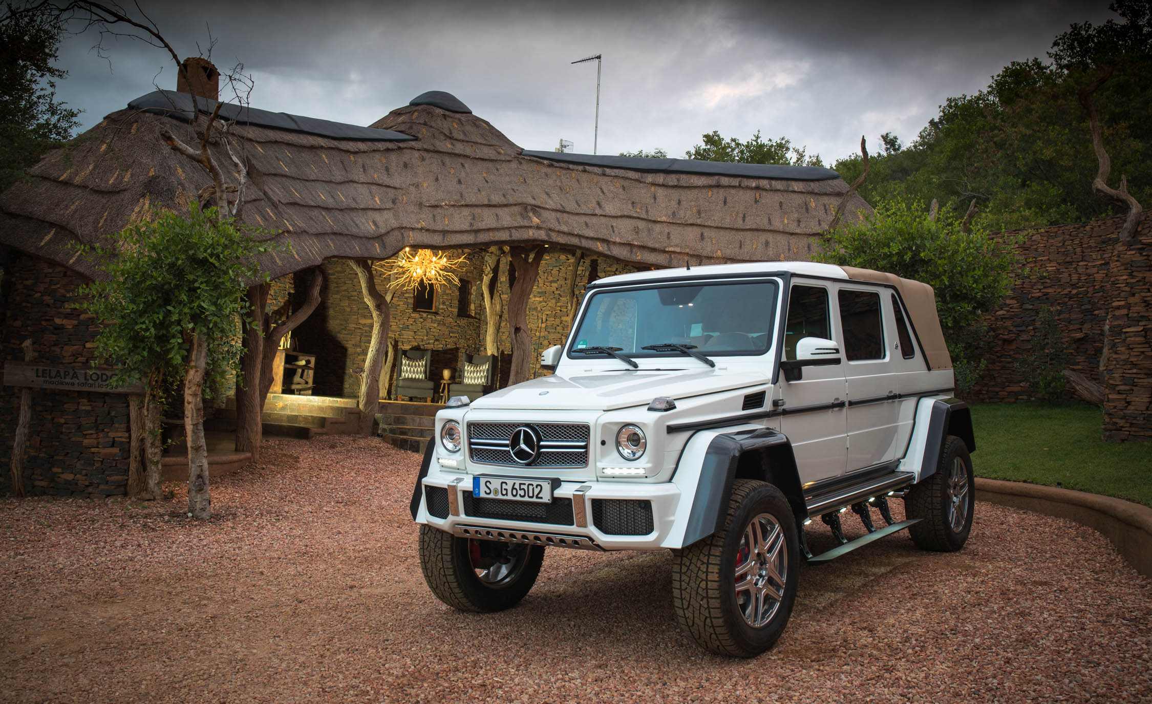 2018 Mercedes Maybach G650 Landaulet White Exterior (Photo 8 of 52)