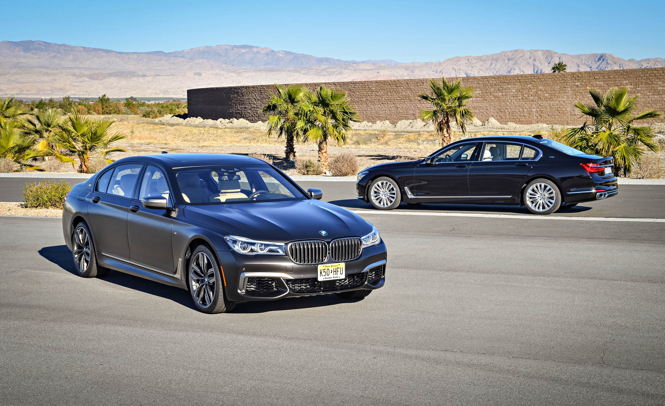 New 2017 BMW M760i XDrive (View 3 of 76)