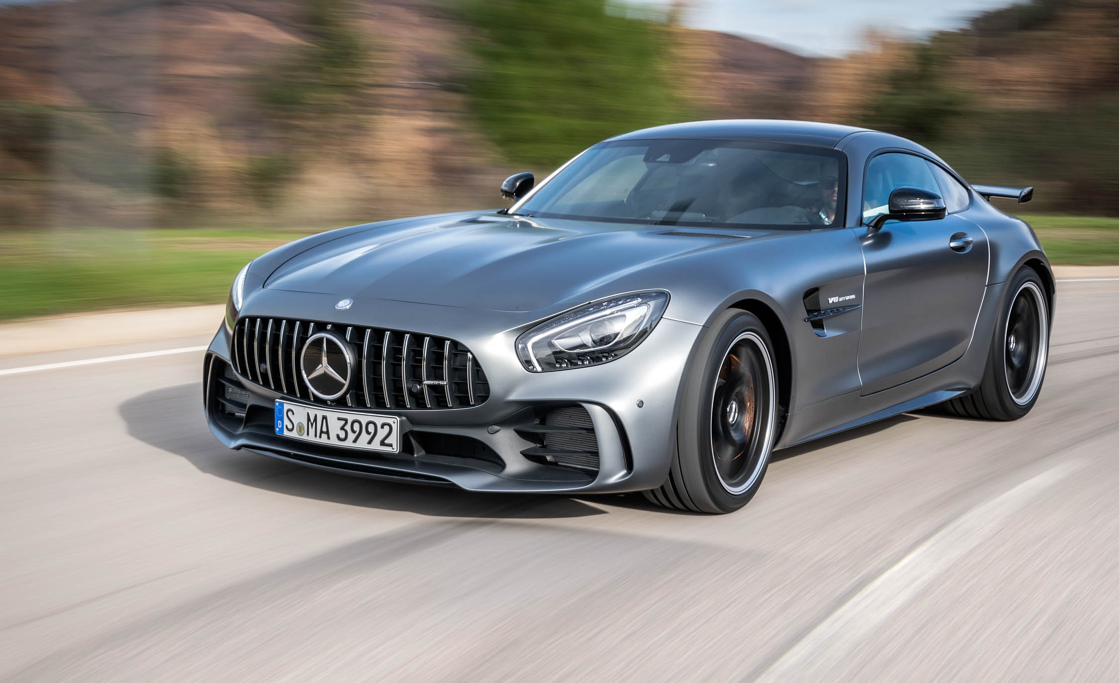 Featured Image of 2018 Mercedes AMG GT R