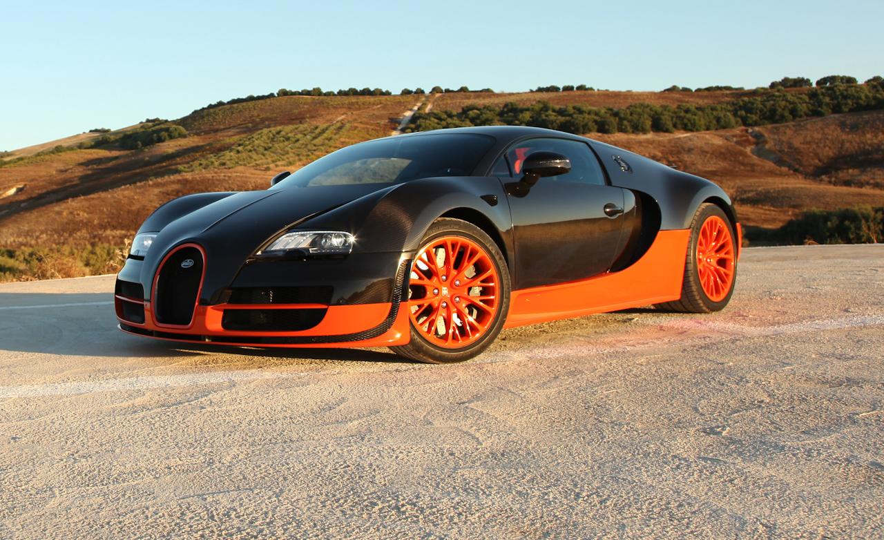 2011 Bugatti Veyron  (Photo 9 of 39)