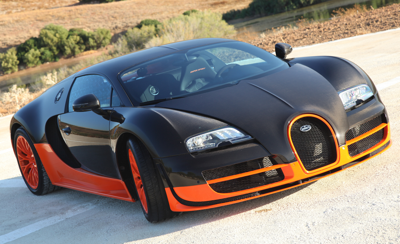 2011 Bugatti Veyron 16.4 Super Sport Exterior Front (Photo 30 of 39)