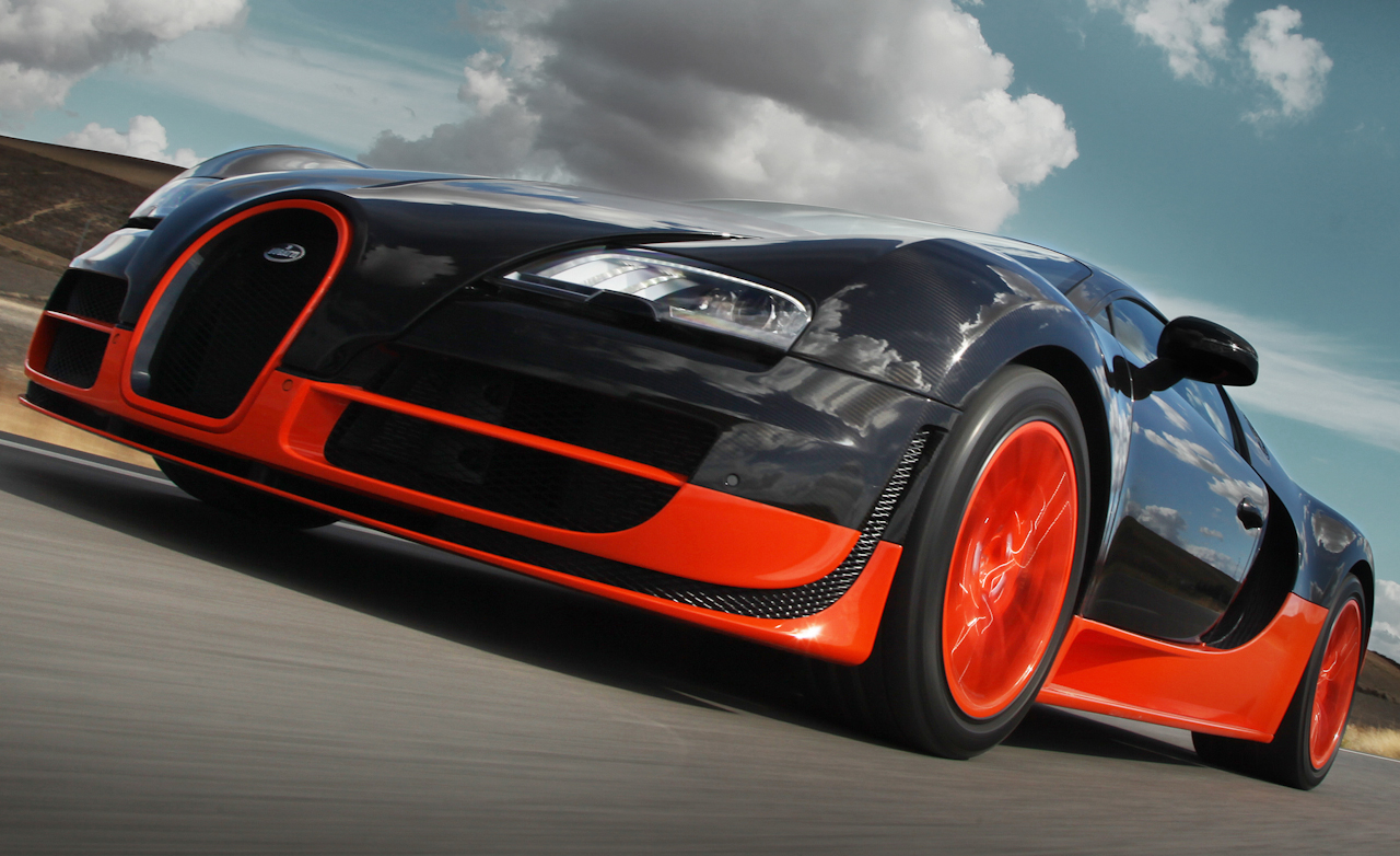 2011 Bugatti Veyron 16.4 Super Sport Exterior View Front Bumper (Photo 25 of 39)