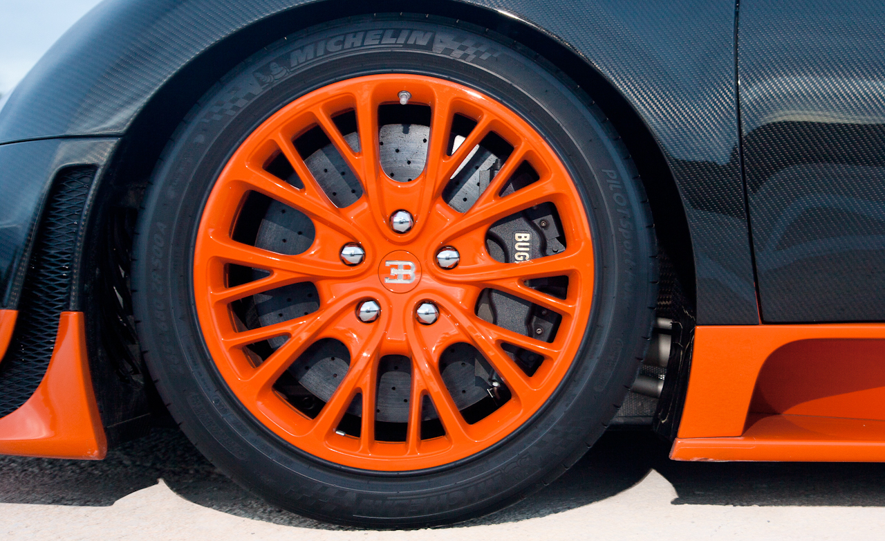 2011 Bugatti Veyron 16.4 Super Sport Exterior View Wheel And Velg (Photo 12 of 39)