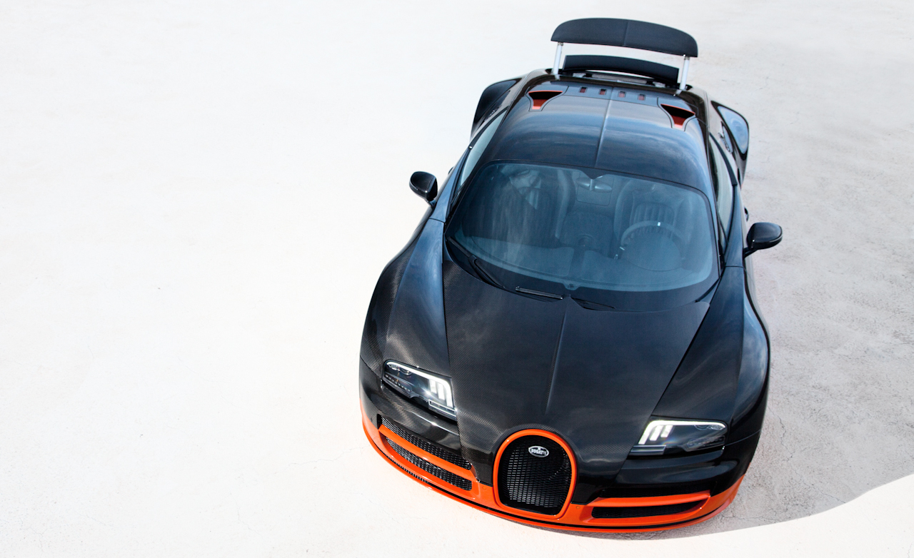 2011 Bugatti Veyron 16.4 Super Sport Exterior Wing Open (Photo 20 of 39)